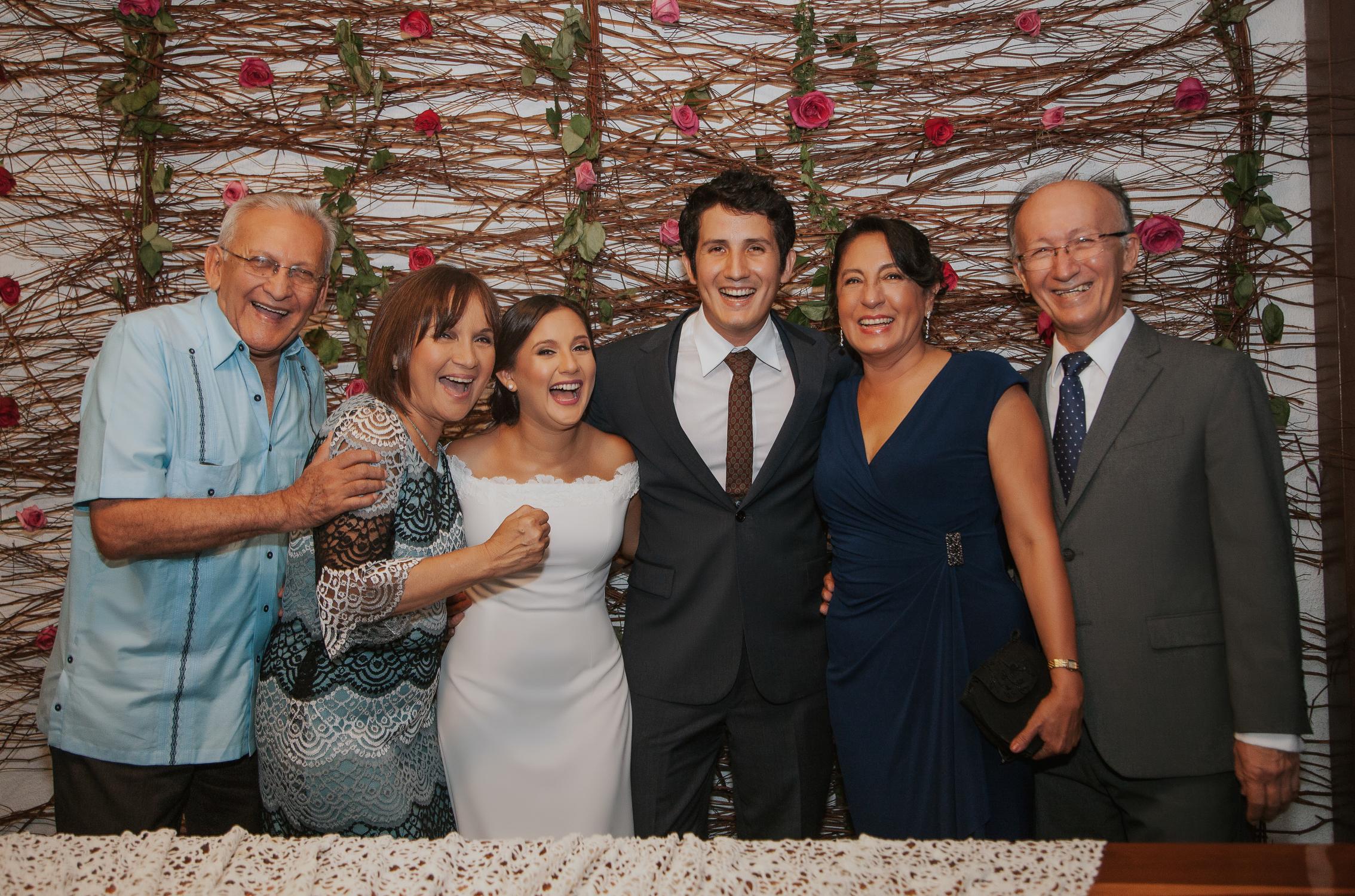 Michelle-Agurto-Fotografia-Bodas-Ecuador-Destination-Wedding-Photographer-Adriana-Allan-16.JPG