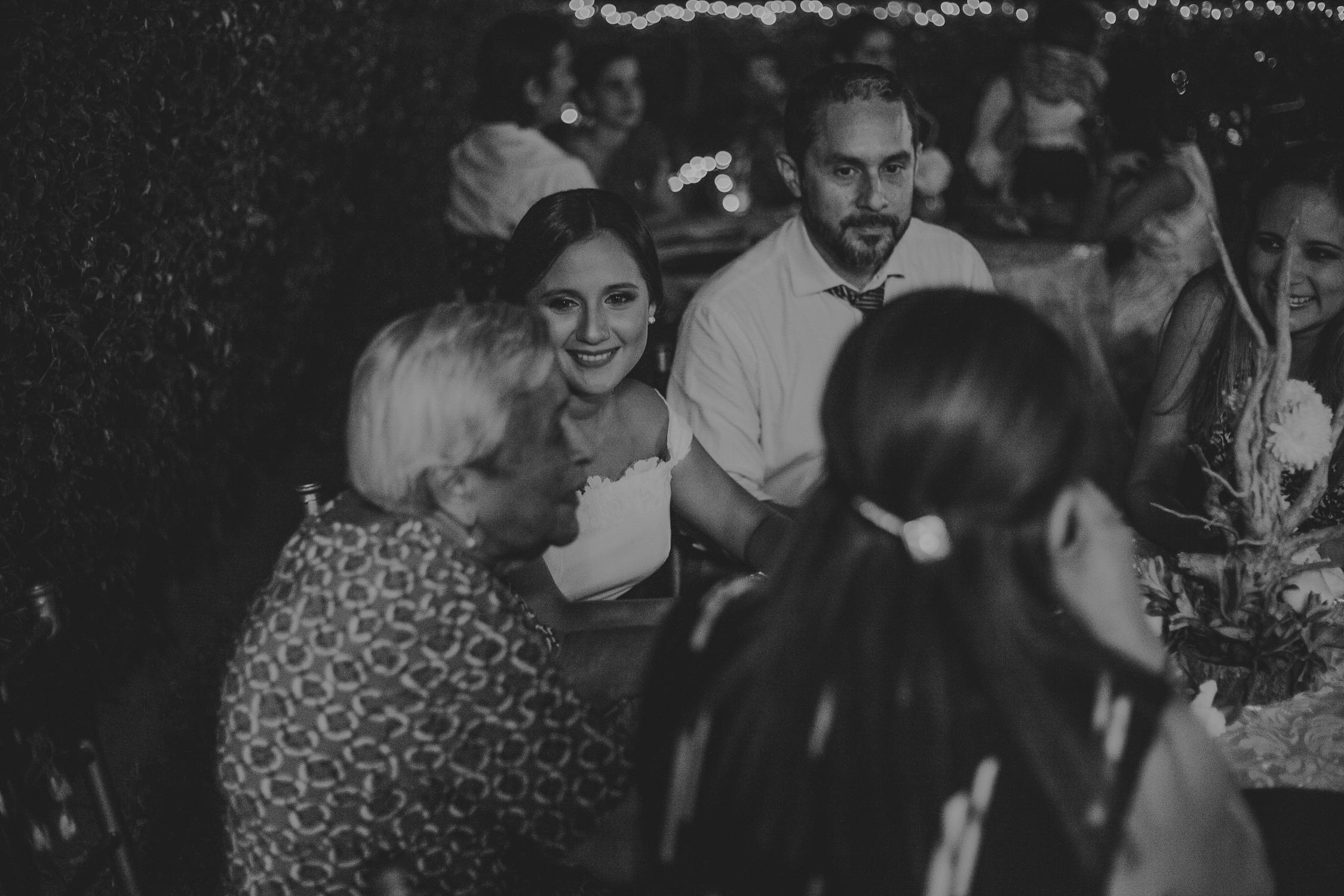 Michelle-Agurto-Fotografia-Bodas-Ecuador-Destination-Wedding-Photographer-Adriana-Allan-23.JPG