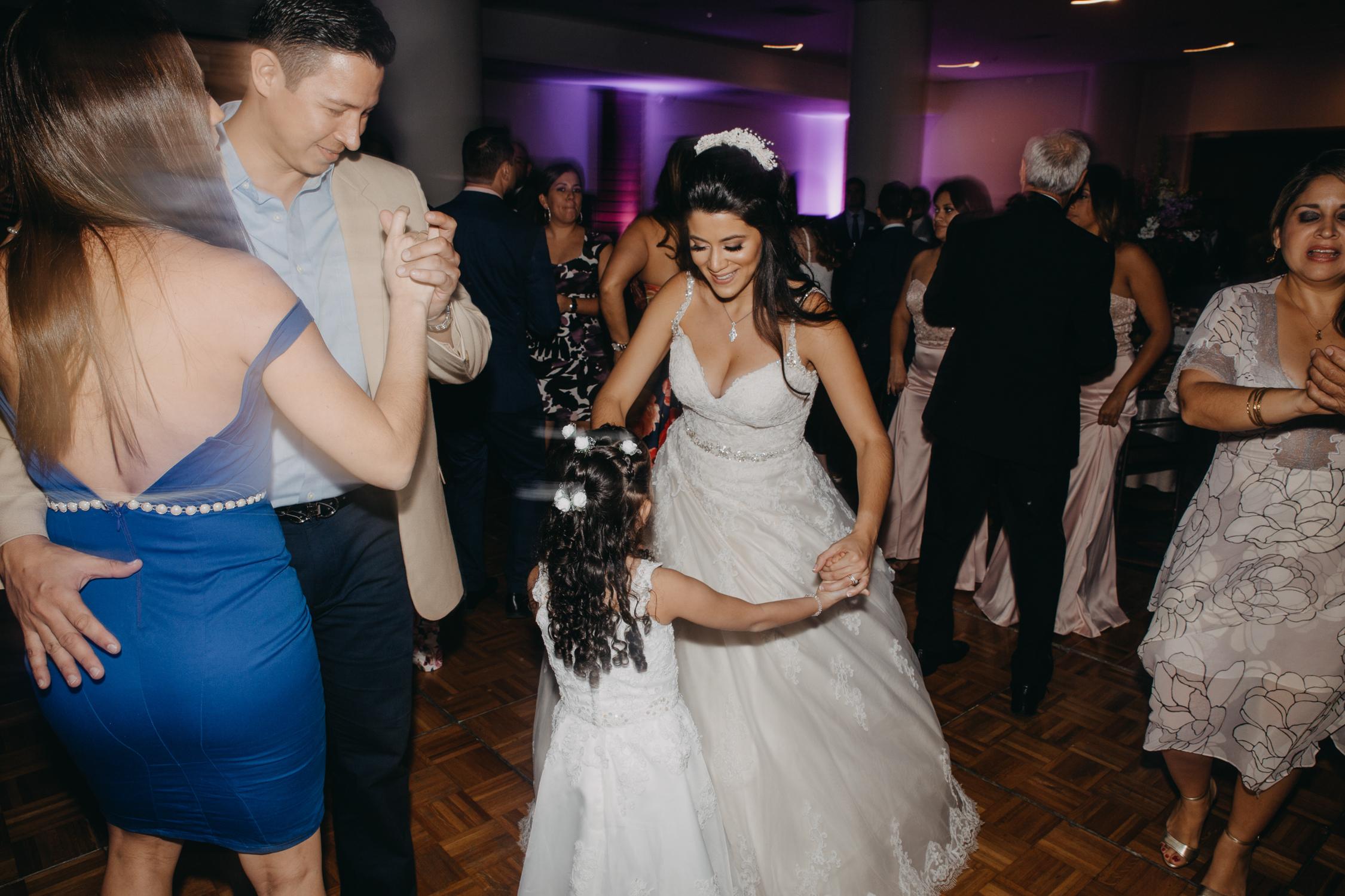 Michelle-Agurto-Fotografia-Bodas-Ecuador-Destination-Wedding-Photographer-Daniela-Dirk-75.JPG