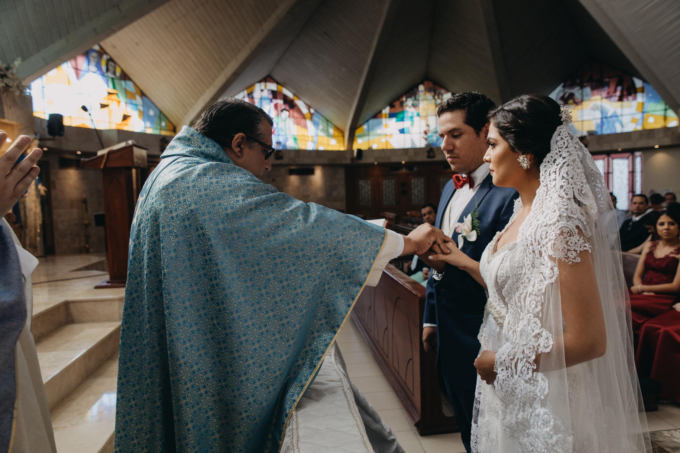 Michelle-Agurto-Fotografia-Bodas-Ecuador-Destination-Wedding-Photographer-Cristi-Luis-45.JPG