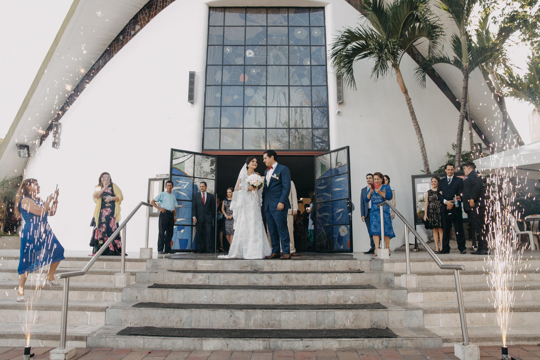 Michelle-Agurto-Fotografia-Bodas-Ecuador-Destination-Wedding-Photographer-Cristi-Luis-65.JPG