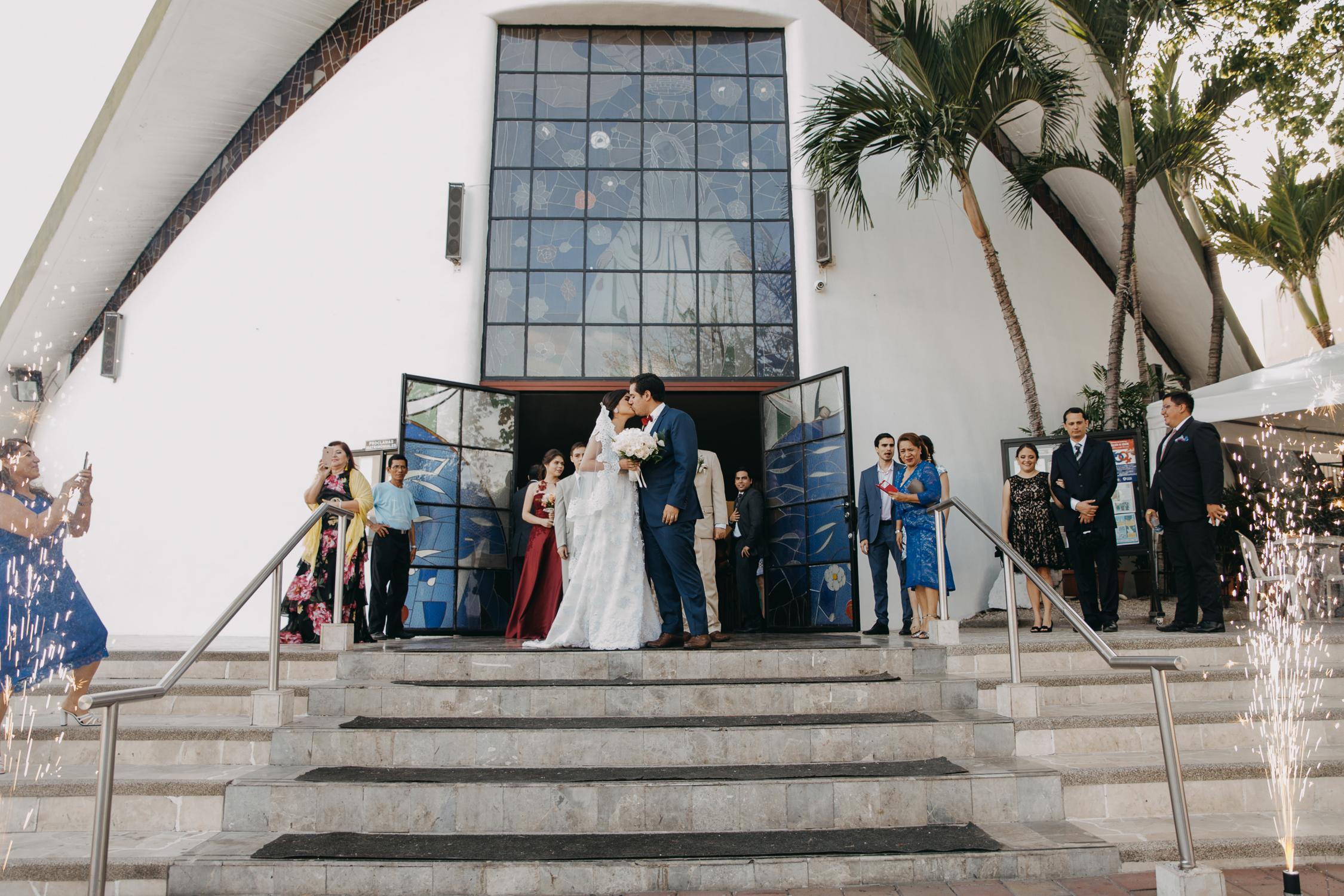 Michelle-Agurto-Fotografia-Bodas-Ecuador-Destination-Wedding-Photographer-Cristi-Luis-66.JPG