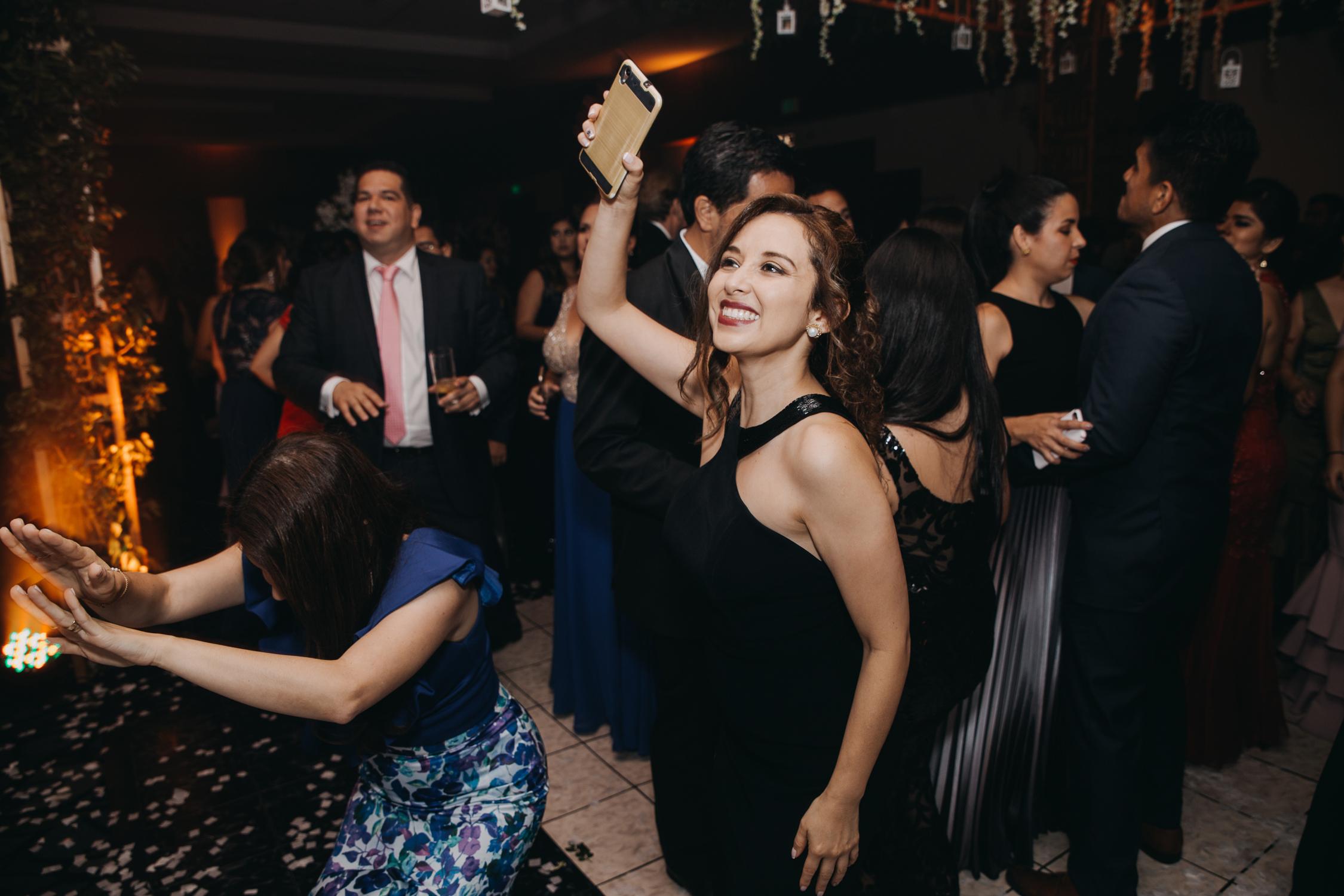 Michelle-Agurto-Fotografia-Bodas-Ecuador-Destination-Wedding-Photographer-Patricia-Guido-327.JPG