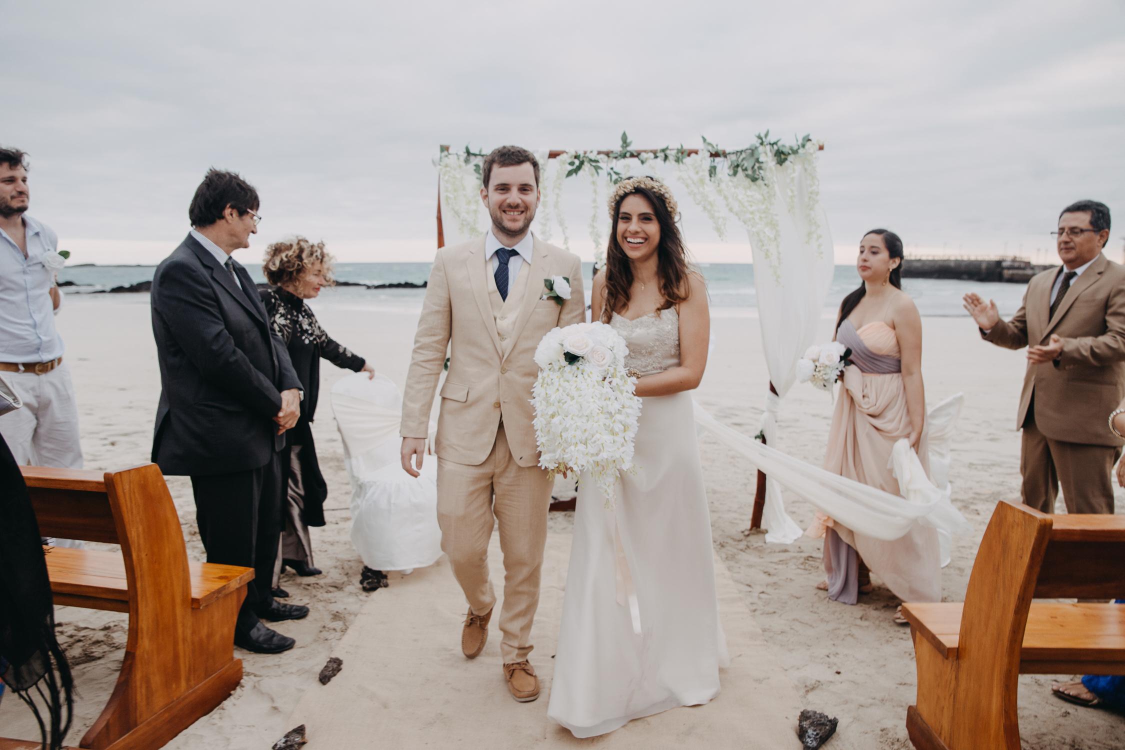 Michelle-Agurto-Fotografia-Bodas-Ecuador-Destination-Wedding-Photographer-Galapagos-Andrea-Joaquin-157.JPG