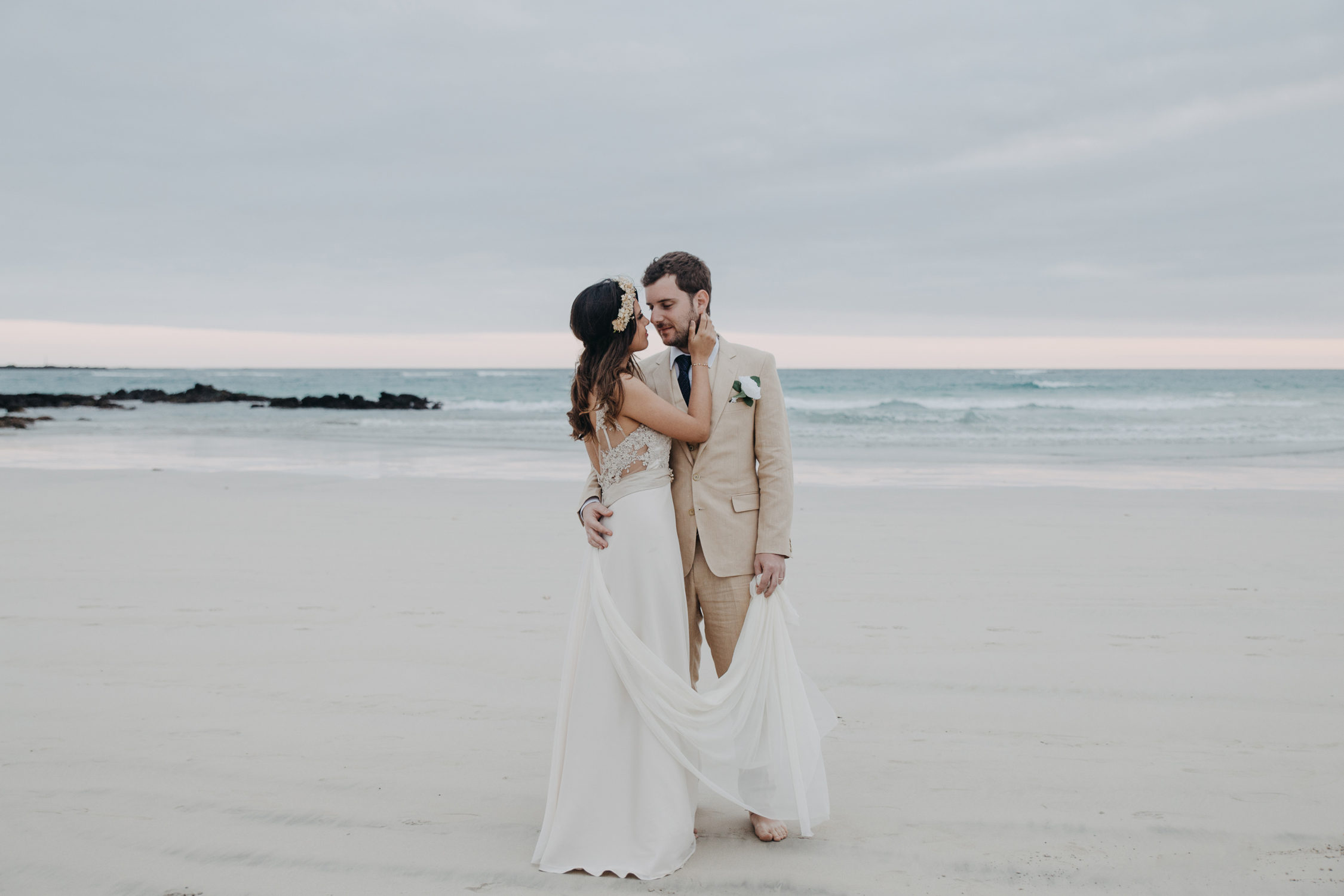 Michelle-Agurto-Fotografia-Bodas-Ecuador-Destination-Wedding-Photographer-Galapagos-Andrea-Joaquin-189.JPG