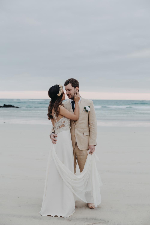 Michelle-Agurto-Fotografia-Bodas-Ecuador-Destination-Wedding-Photographer-Galapagos-Andrea-Joaquin-200.JPG