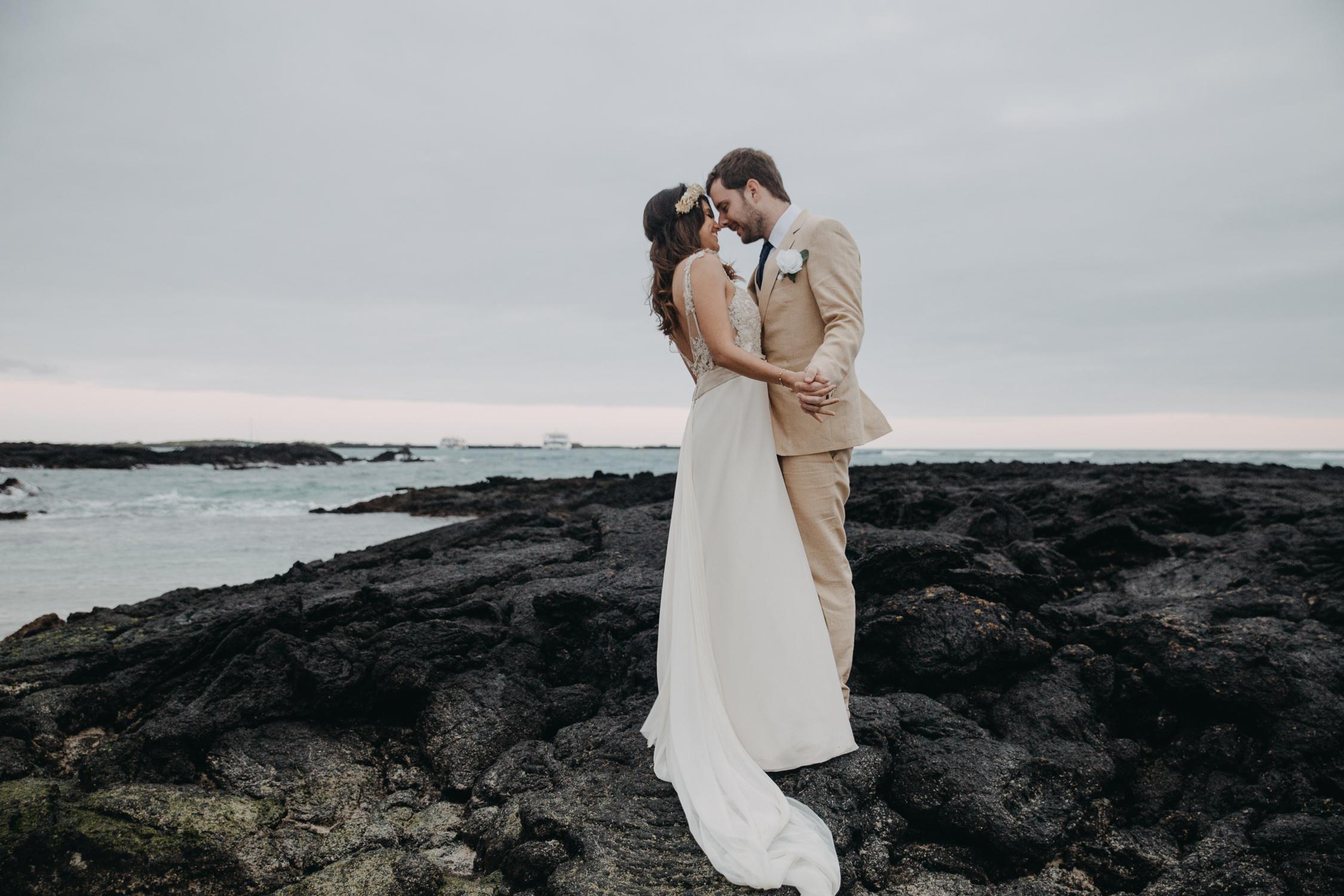 Michelle-Agurto-Fotografia-Bodas-Ecuador-Destination-Wedding-Photographer-Galapagos-Andrea-Joaquin-242.JPG