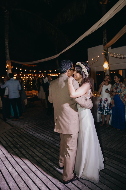 Michelle-Agurto-Fotografia-Bodas-Ecuador-Destination-Wedding-Photographer-Galapagos-Andrea-Joaquin-356.JPG