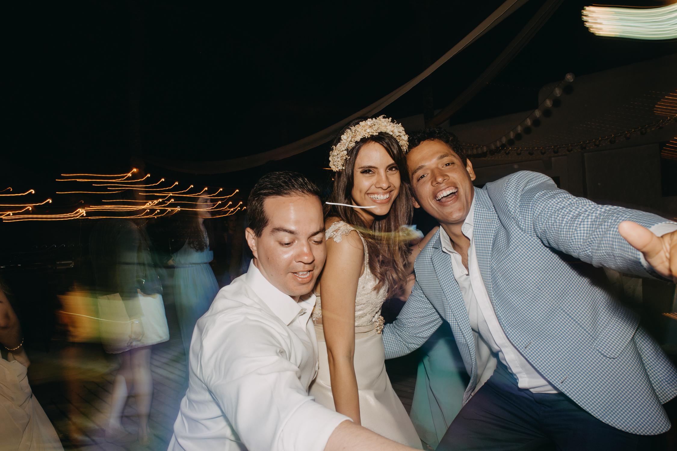 Michelle-Agurto-Fotografia-Bodas-Ecuador-Destination-Wedding-Photographer-Galapagos-Andrea-Joaquin-417.JPG