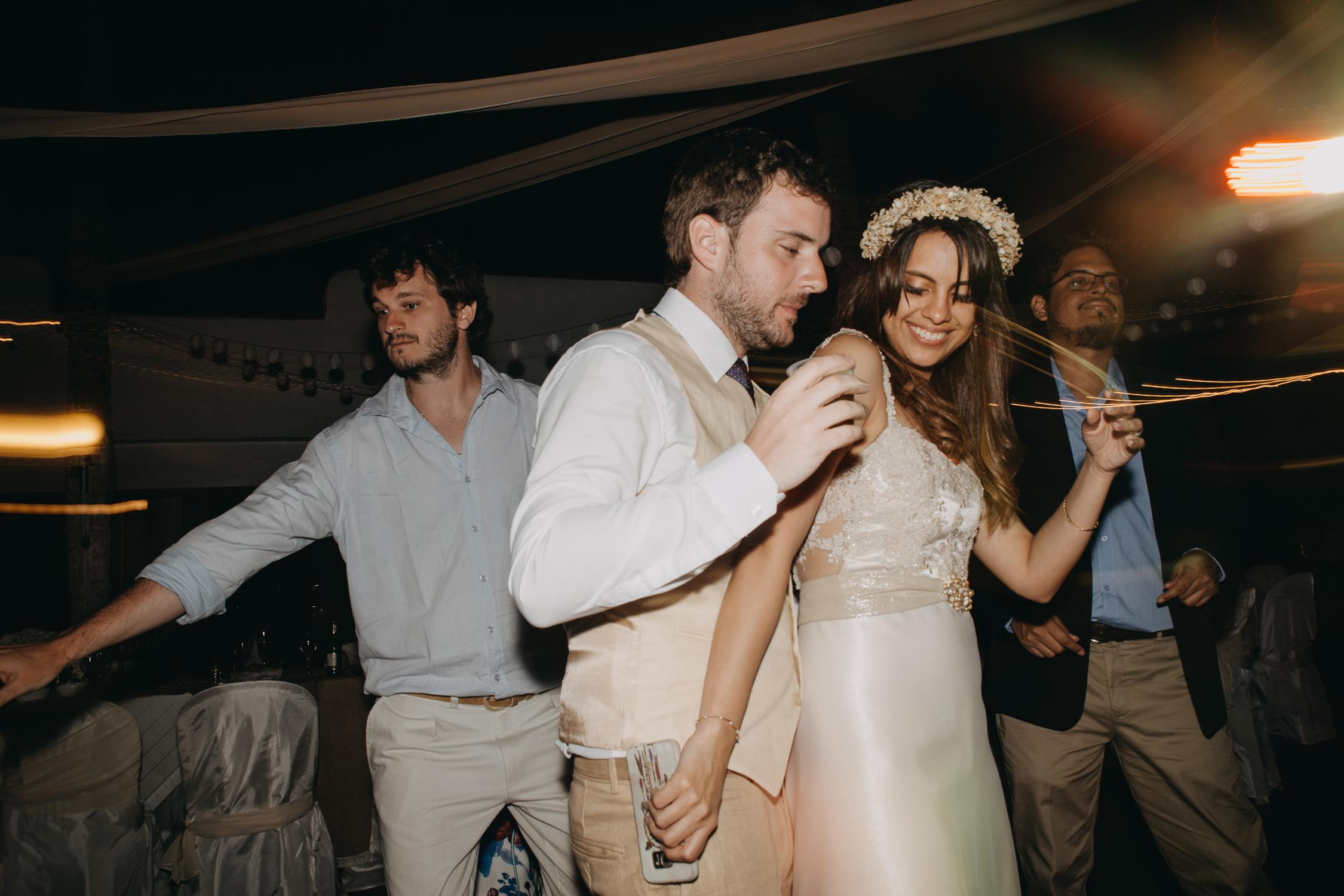 Michelle-Agurto-Fotografia-Bodas-Ecuador-Destination-Wedding-Photographer-Galapagos-Andrea-Joaquin-451.JPG