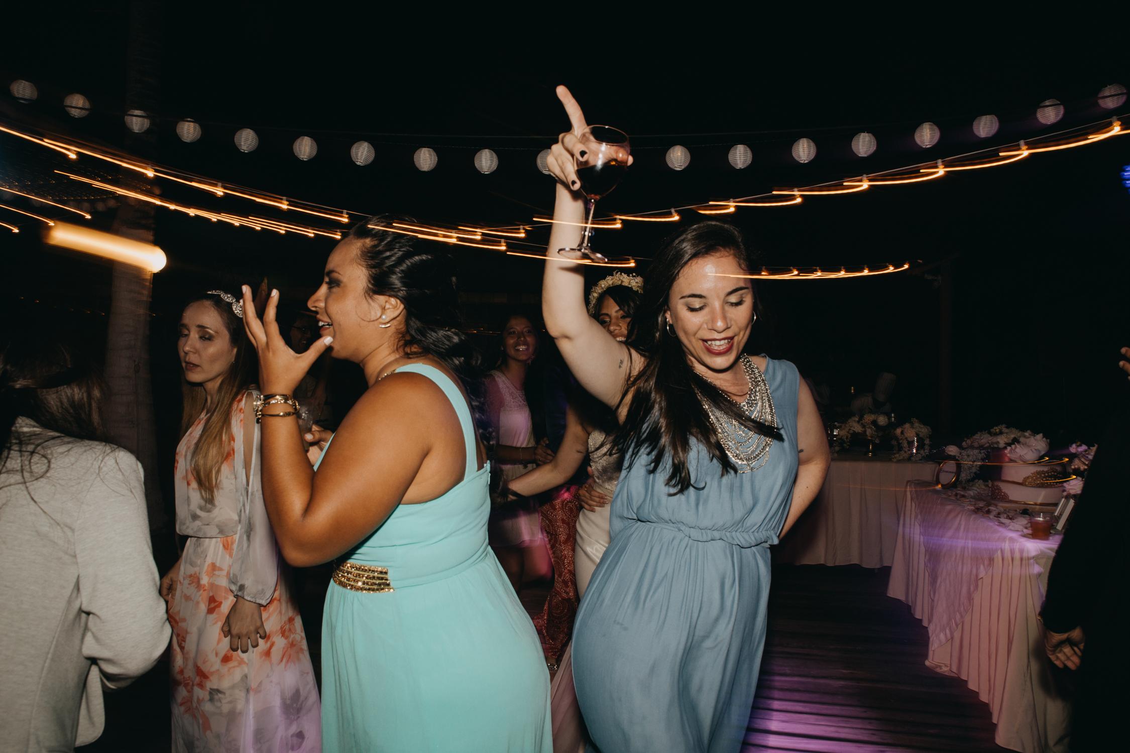 Michelle-Agurto-Fotografia-Bodas-Ecuador-Destination-Wedding-Photographer-Galapagos-Andrea-Joaquin-465.JPG