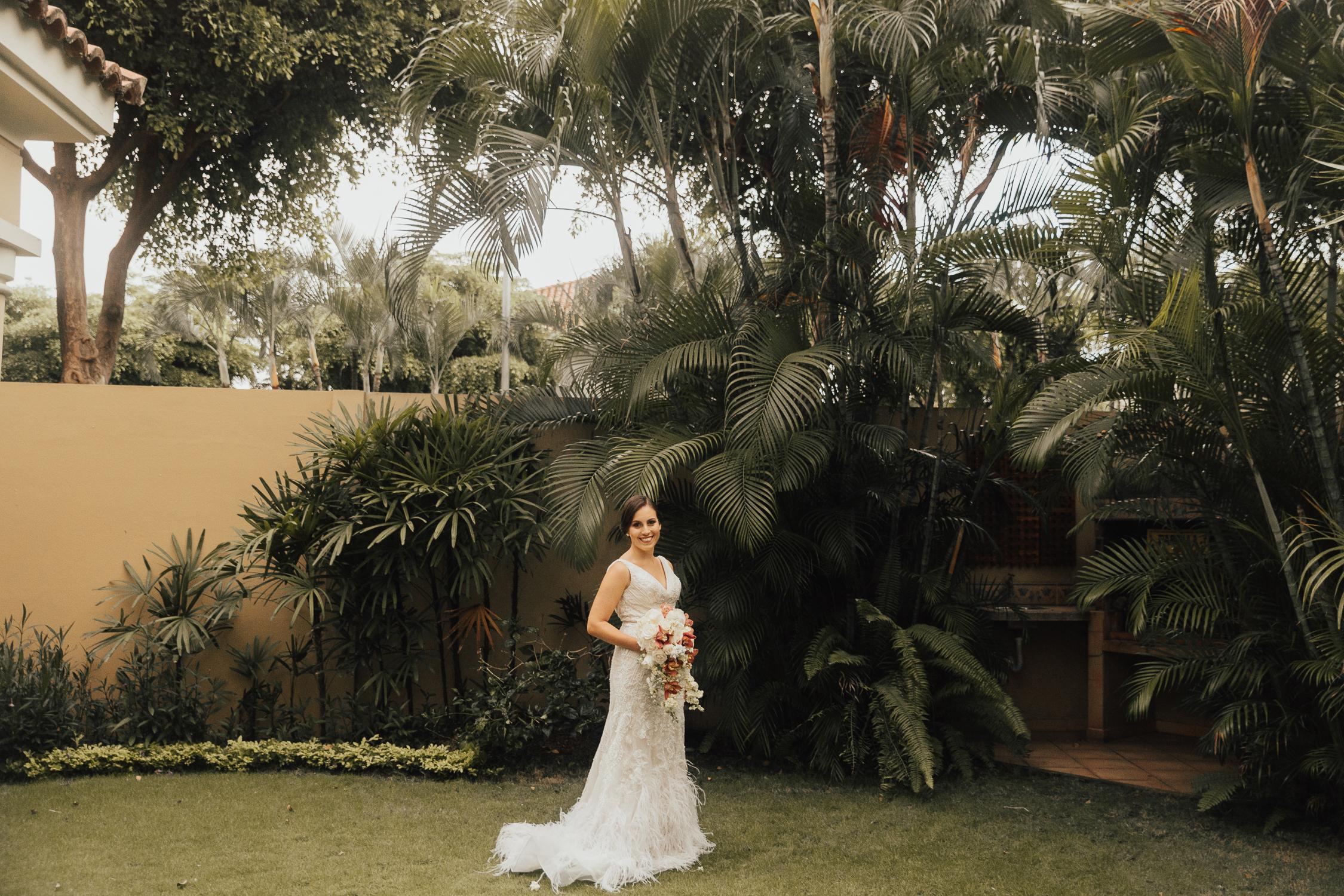 Michelle-Agurto-Fotografia-Bodas-Ecuador-Destination-Wedding-Photographer-Ecuador-Mercedes-Alvaro-23.JPG