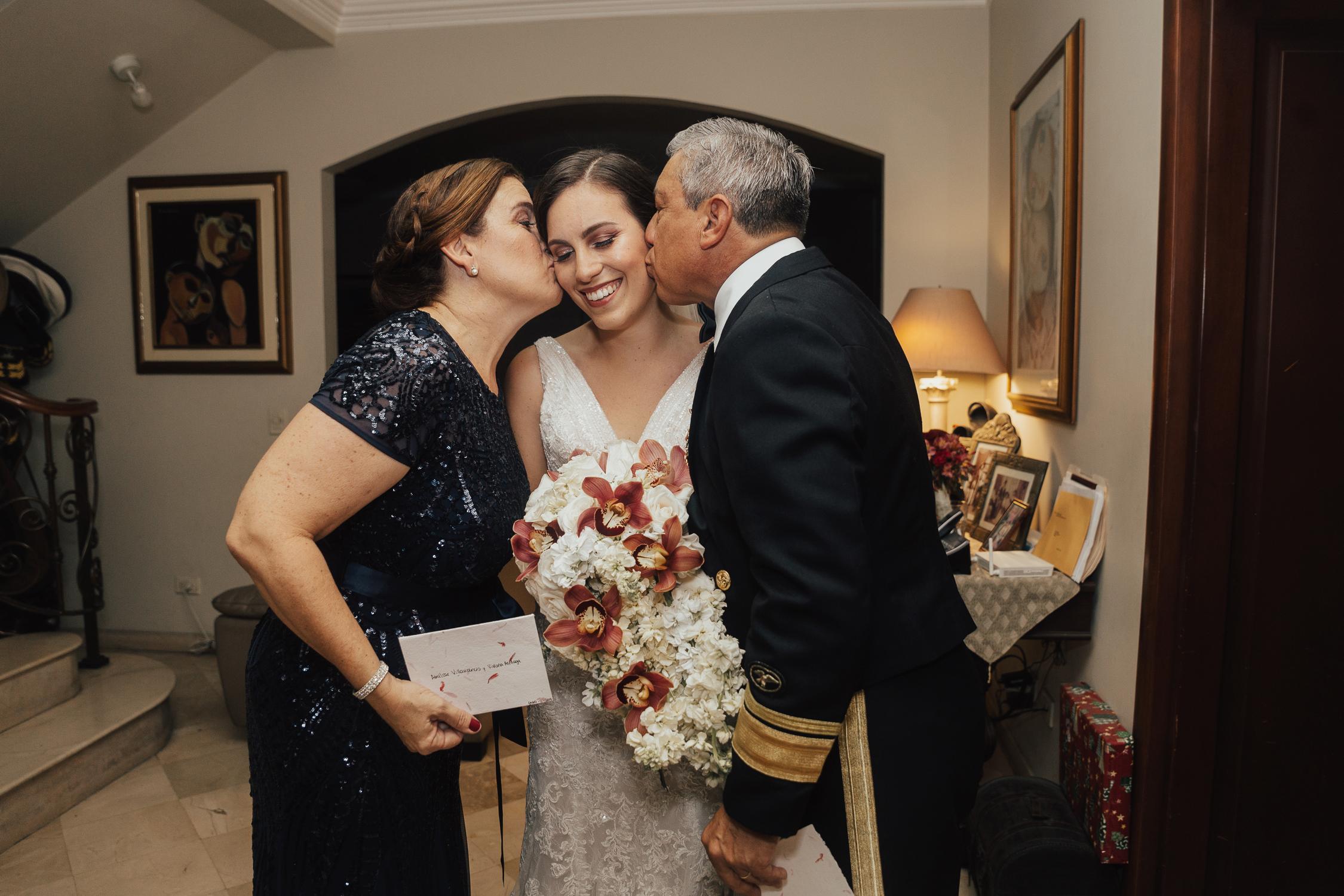 Michelle-Agurto-Fotografia-Bodas-Ecuador-Destination-Wedding-Photographer-Ecuador-Mercedes-Alvaro-47.JPG