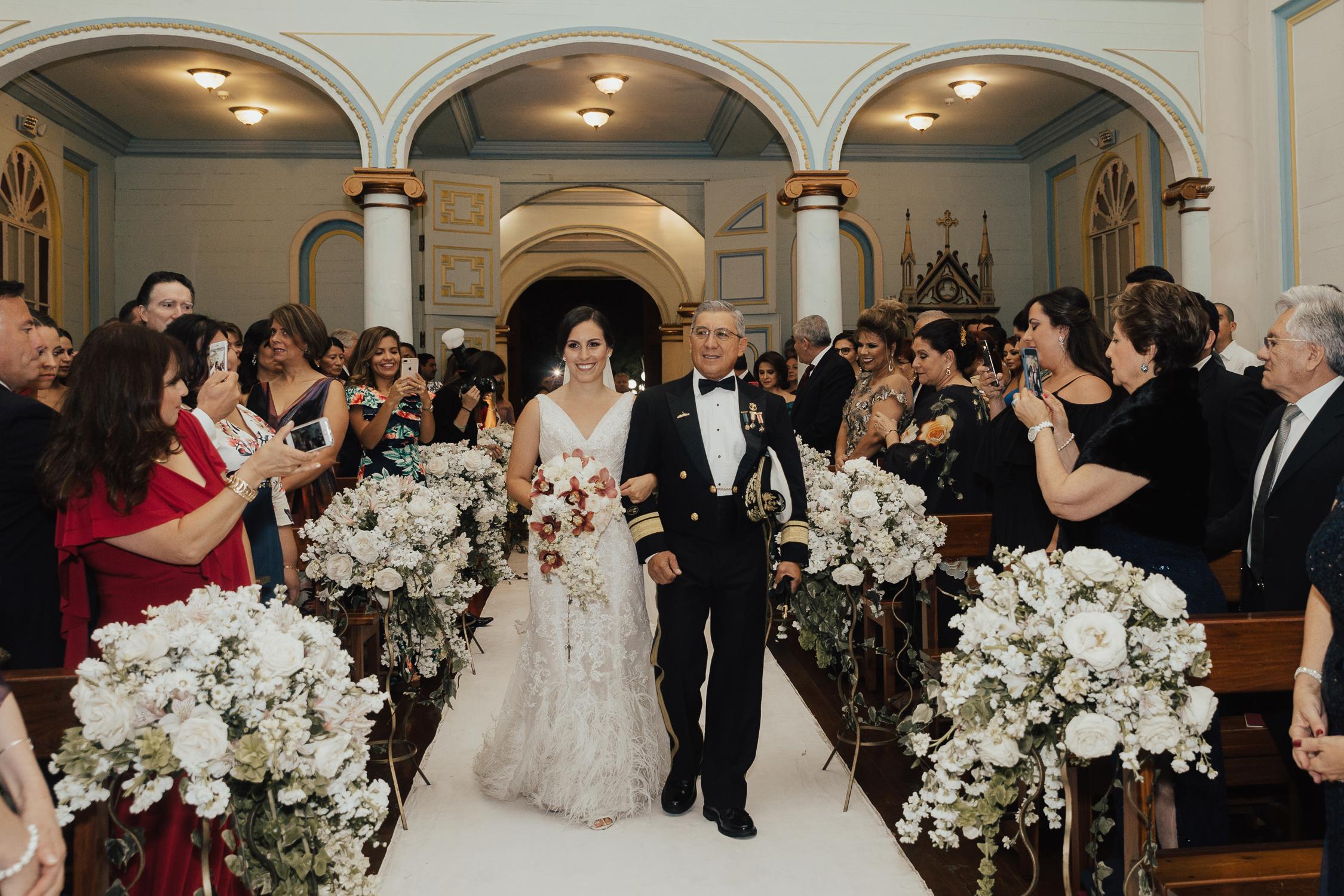 Michelle-Agurto-Fotografia-Bodas-Ecuador-Destination-Wedding-Photographer-Ecuador-Mercedes-Alvaro-54.JPG