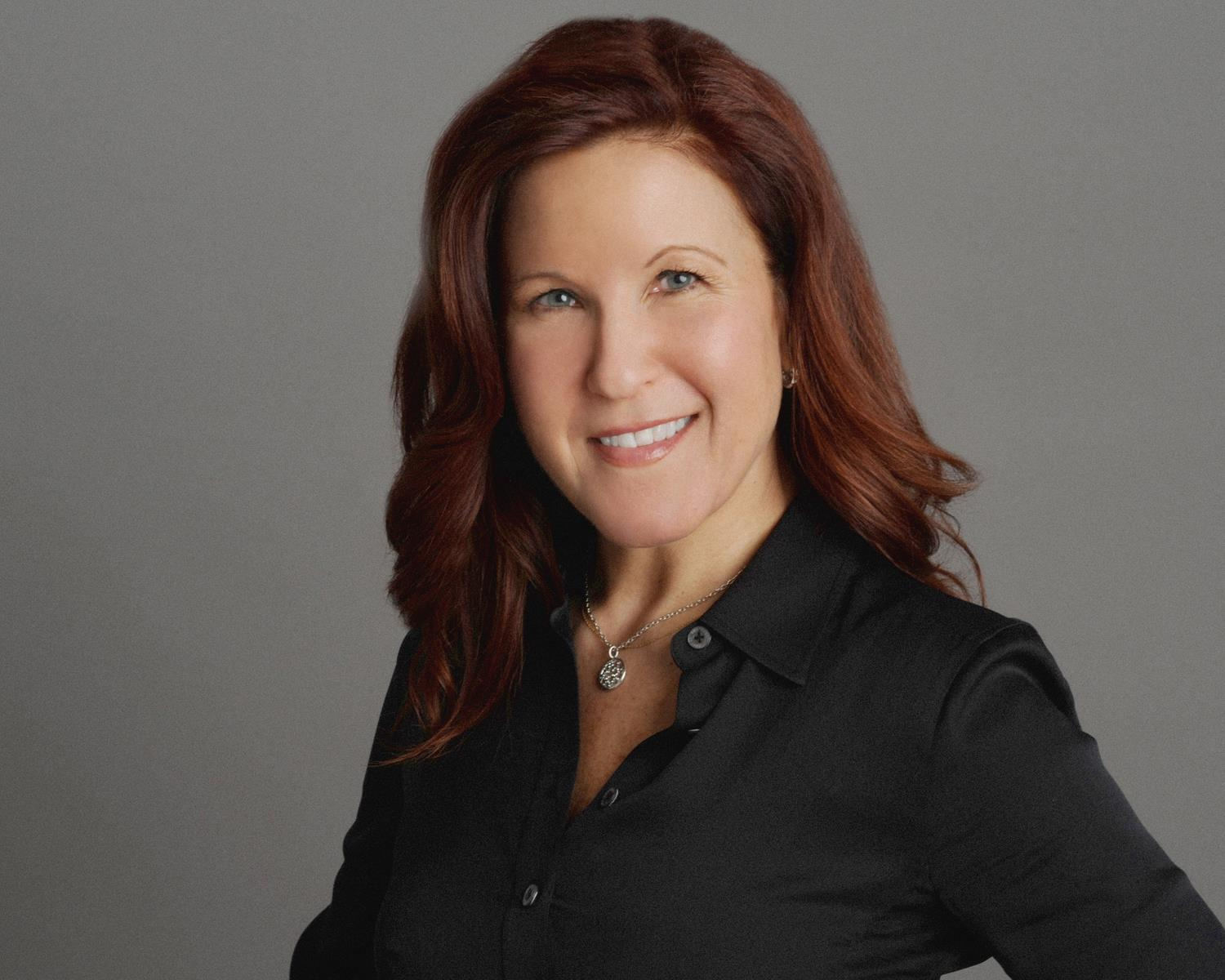 CEO Susan Walsh - Founder of Sales-Link Inc.Meeting one-on-one with her clients, Susan gains a better understanding of a company's challenges, and then pinpoints how Sales-Link can help them to focus and achieve success.