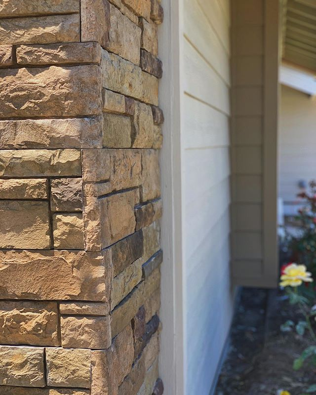 Best stone & siding game in town.