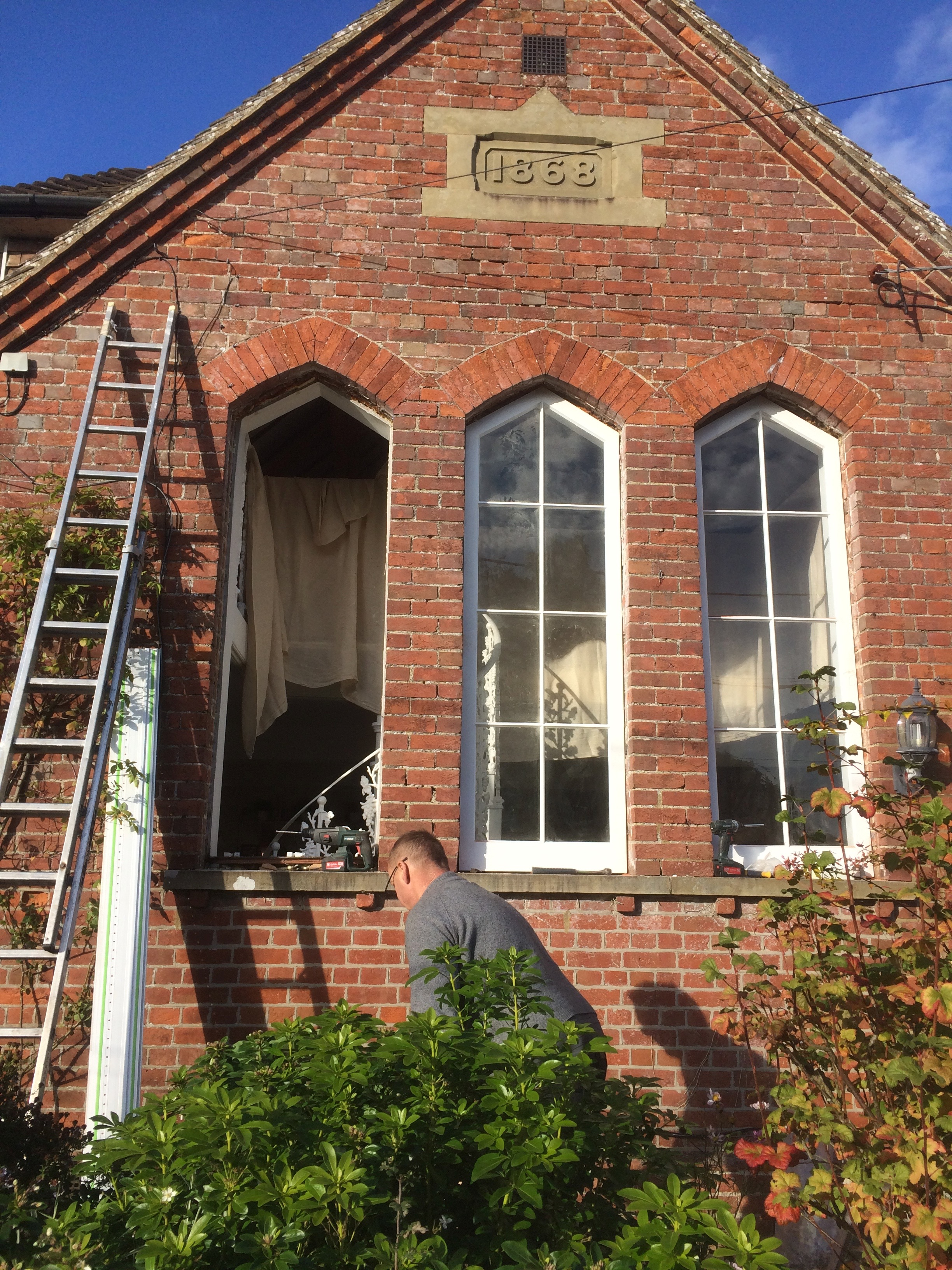 Arched windows in Kent