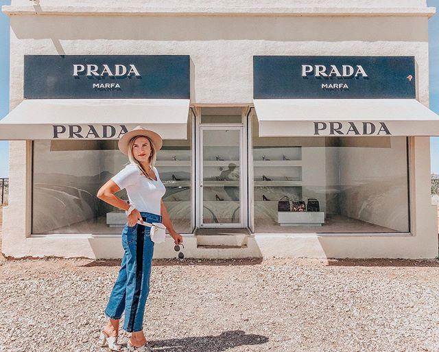 p r a d a  M A R F A ✨✨ @universalstandard . . . . #prada #pradamarfa #marfa #artinstallation #marfatexas #dallasblogger #studio33nyc #fstylist #dfwblogger #dallas #stylemepretty #universalstandard #desertvibes ##discoverunder20k #summerstyle #desertstyle #fashiondiaries #pradasummer #fashionweek #palmbffs #texas