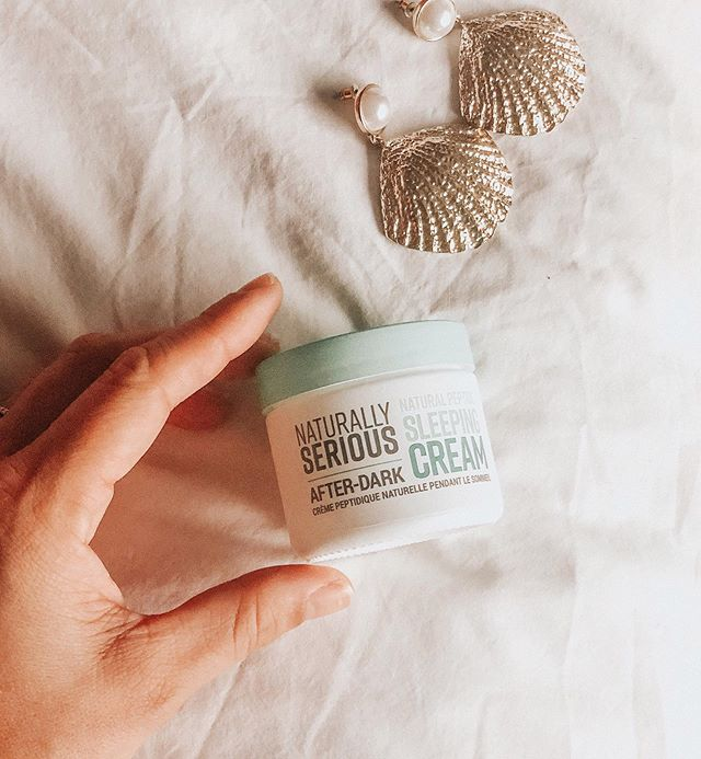 Loving the after dark @naturallyseriousskin sleeping cream 💤 it does all the work while I sleep & I wake up with the smoothest skin ✨✨ #naturallyseriousskin #nsskin . . . . #skincareroutine #skintips #nightcream #skincarethreads #beautydiaries #healthyskin #palmbffs #dallasbeauty #beautyguide #dallasblogger #dfwblogger #femfeed #nighttimeroutine #beautyguide
