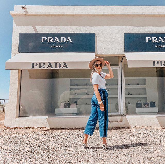 the desert wears prada ✨🌵 . . . . #marfa #marfatexas #prada #pradamarfa #universalstandard #lackofcolor #stevemadden #snakeskinheels #desertvibes #desert🌵 #traveler #femmetravel #dametraveler #traveltheus #traveldiaries #traveldames #texas_ig #palmbffs #marfaprada #marfatx #traveltexas