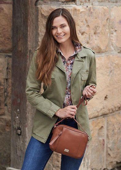 Samantha-Frost-portfolio-69-1-395x555.jpg