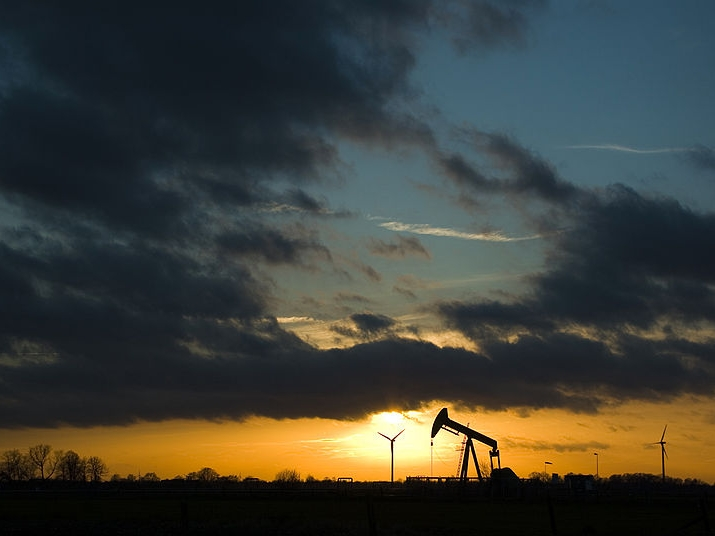 Oil and Natural Gas Development: Air Quality, Climate Science, and Policy
