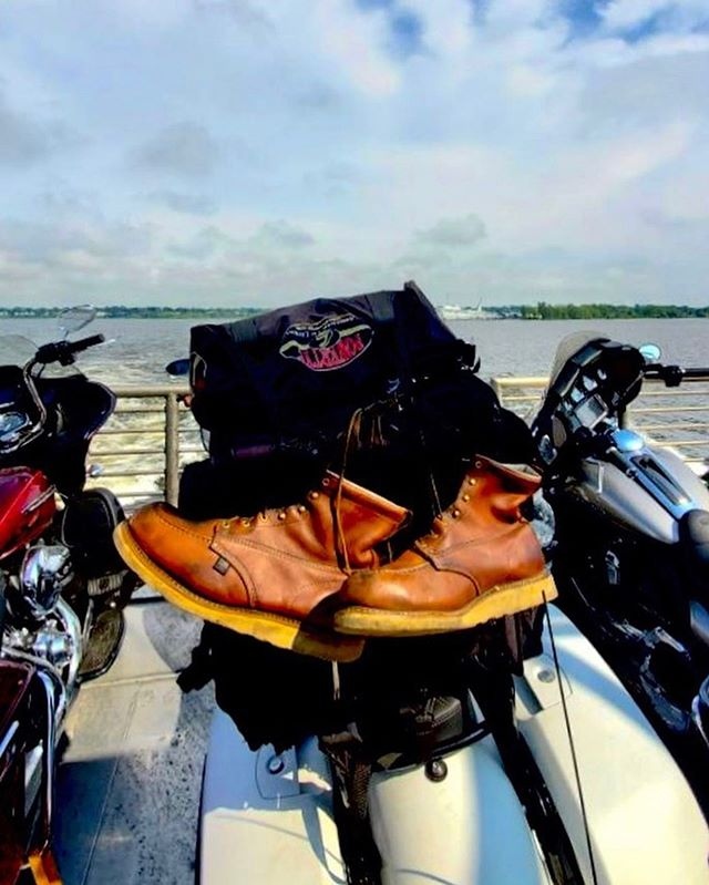 """If those (@thorogood) boots could talk... Lord only knows what @feedbigb has done in them? Only #goodride things, right? . . . #thorogood #thorogood_usa #thorogoodboots #jobfitted """