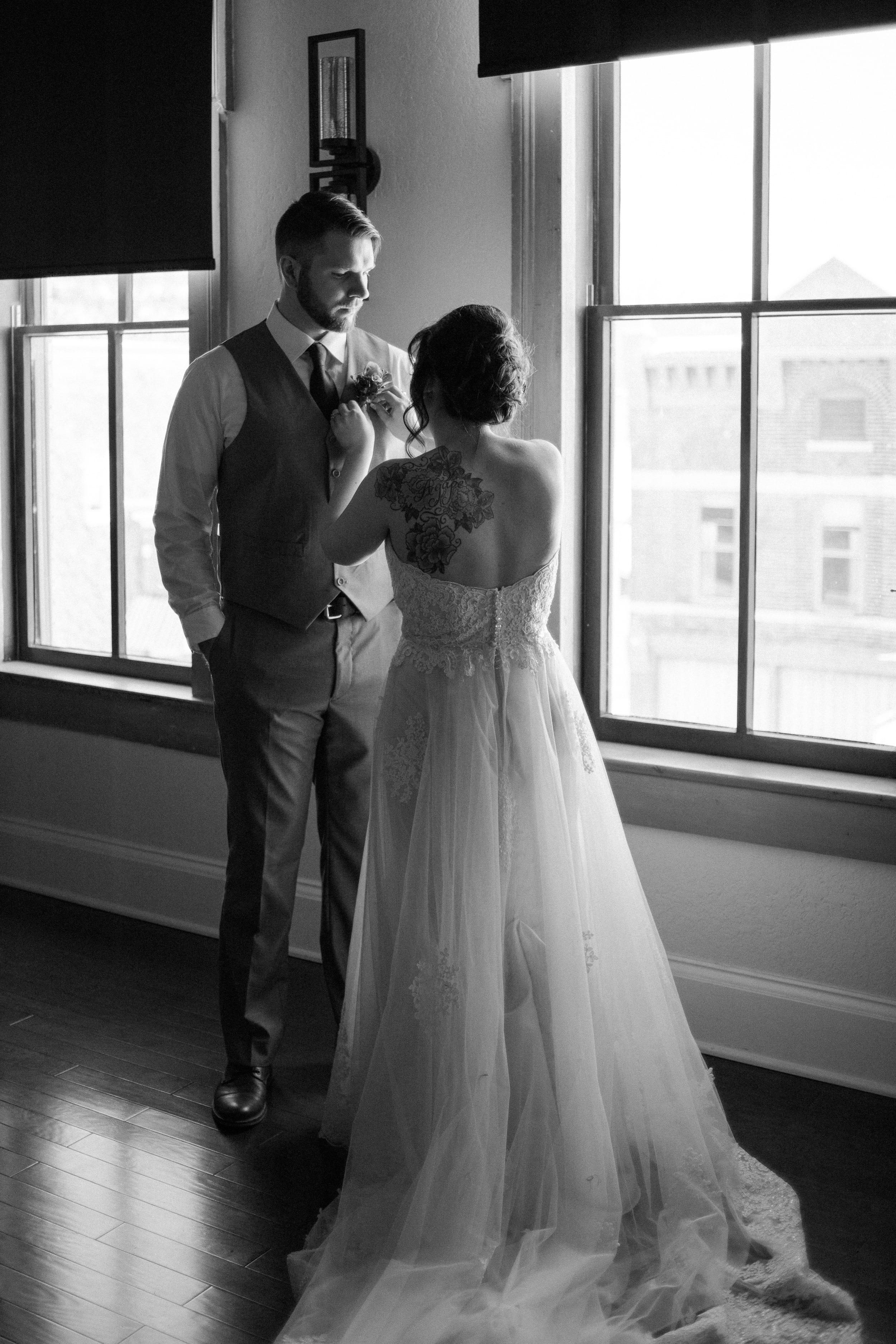 snowy-intimate-wedding-10.jpg
