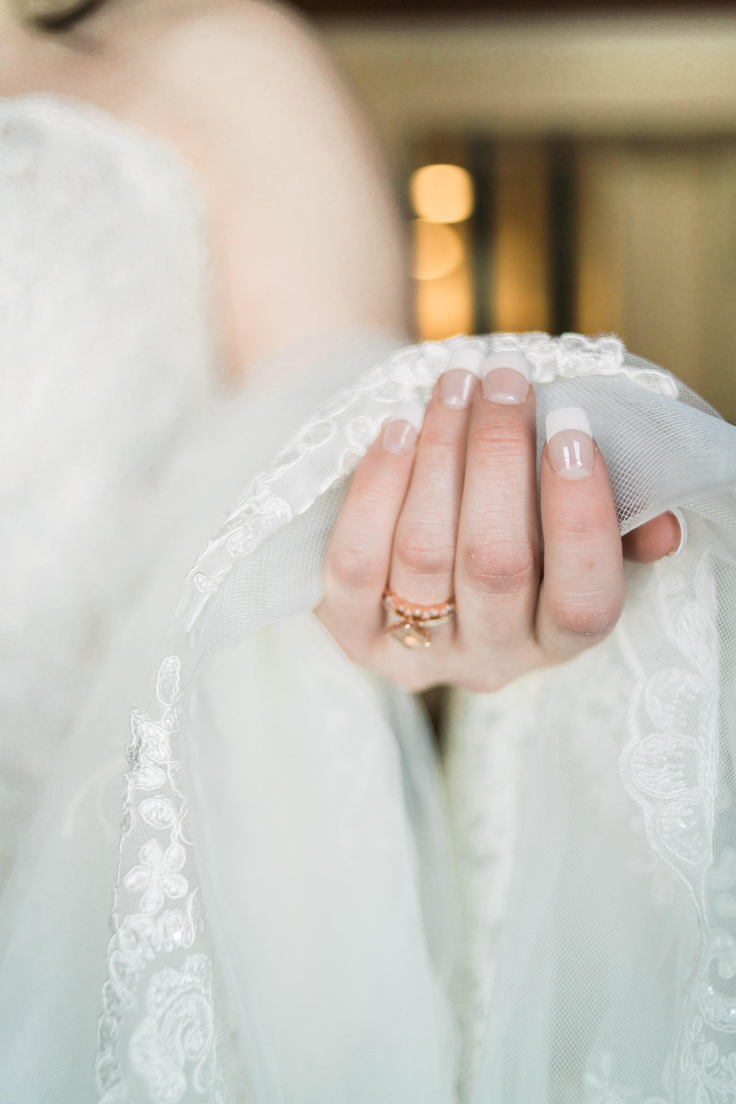 snowy-intimate-wedding-11.jpg