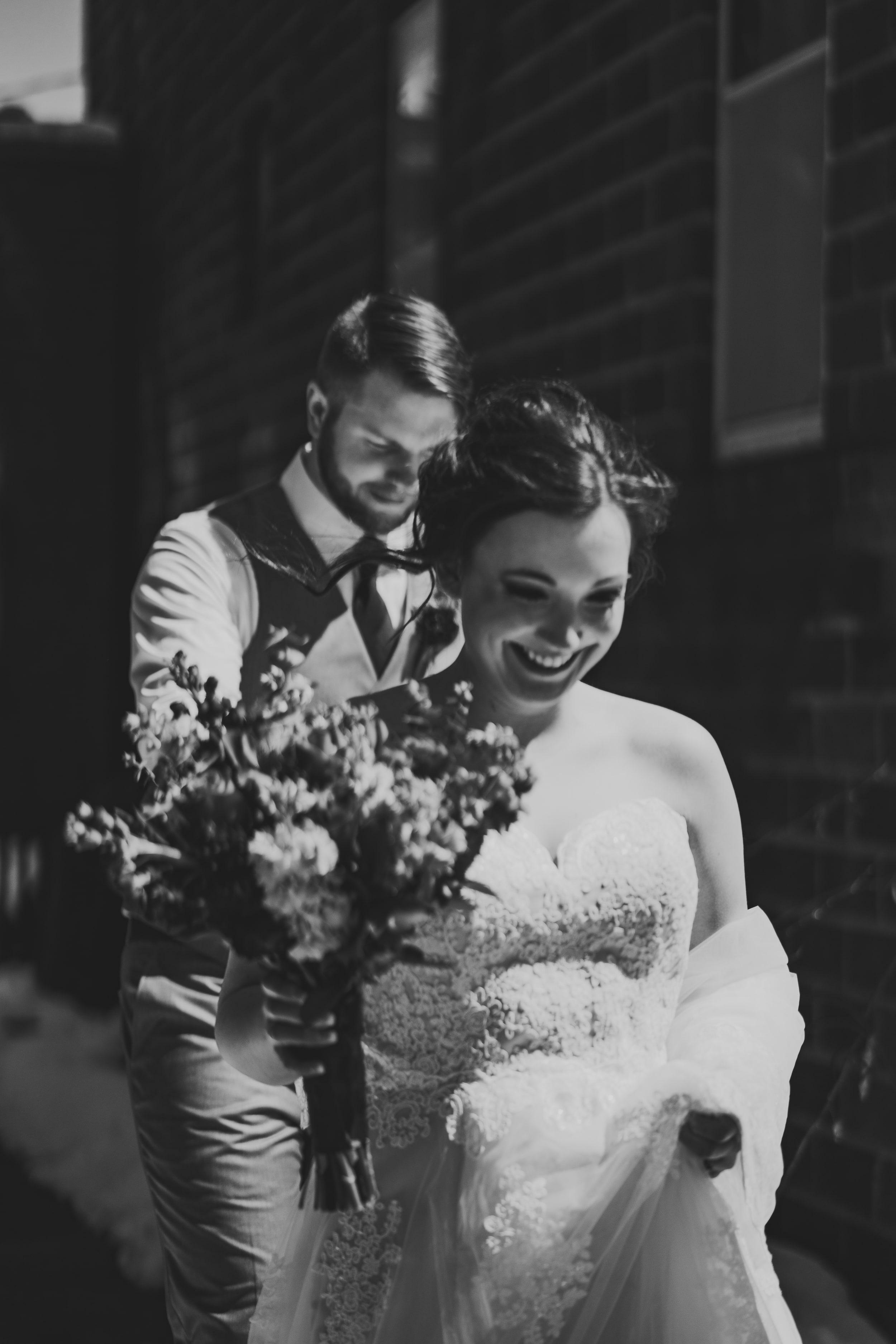 snowy-intimate-wedding-14.jpg