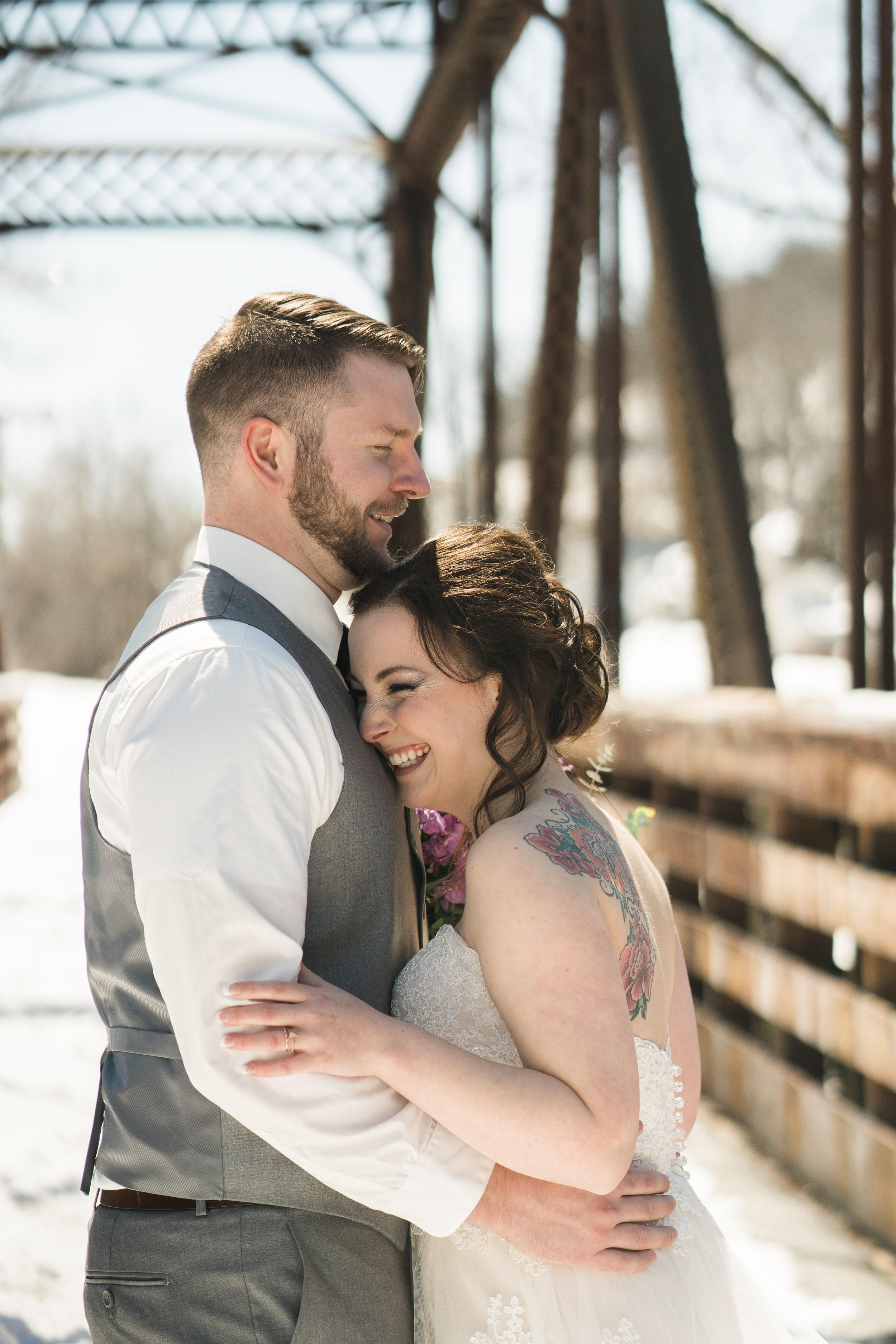 snowy-intimate-wedding-16.jpg