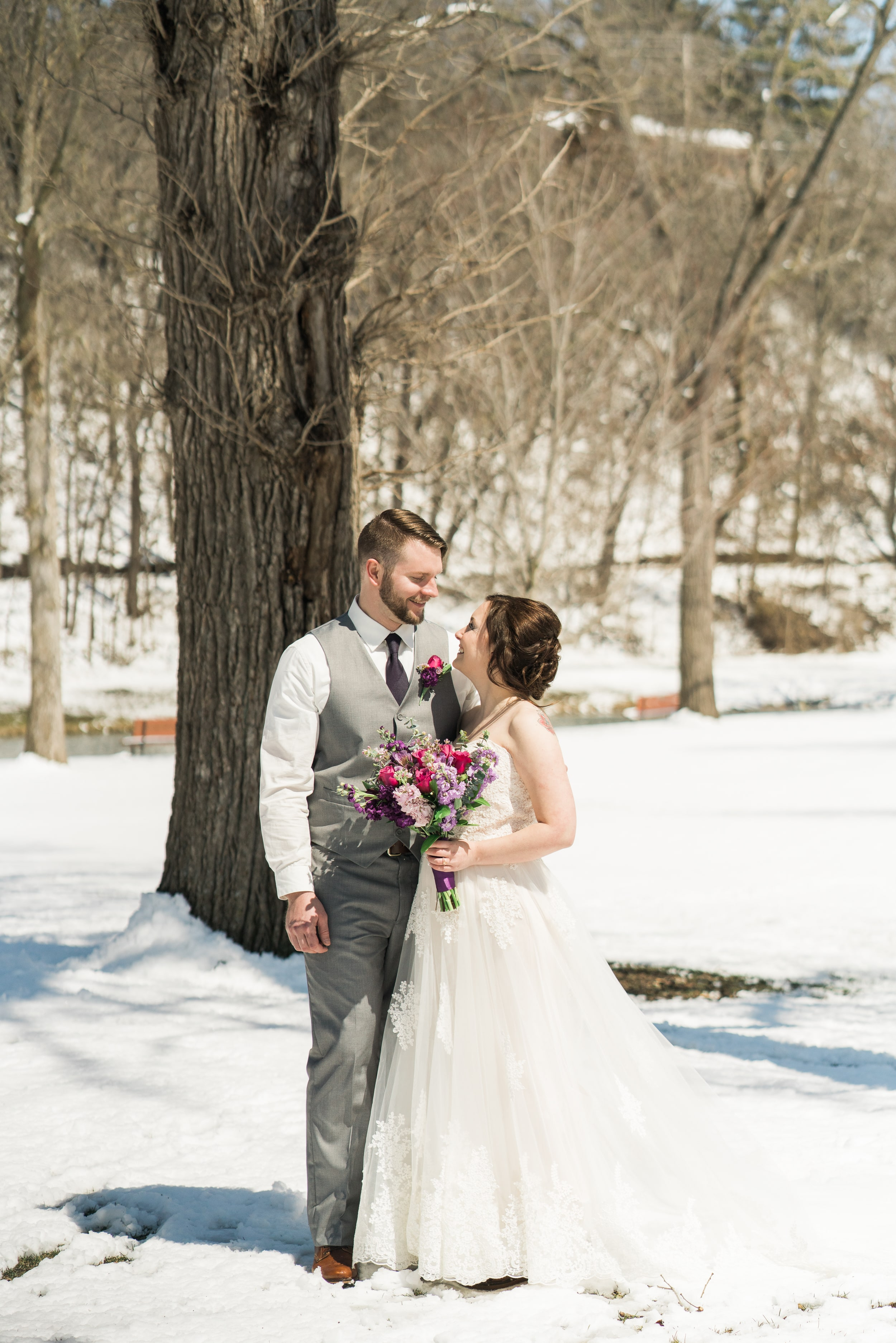 snowy-intimate-wedding-18.jpg