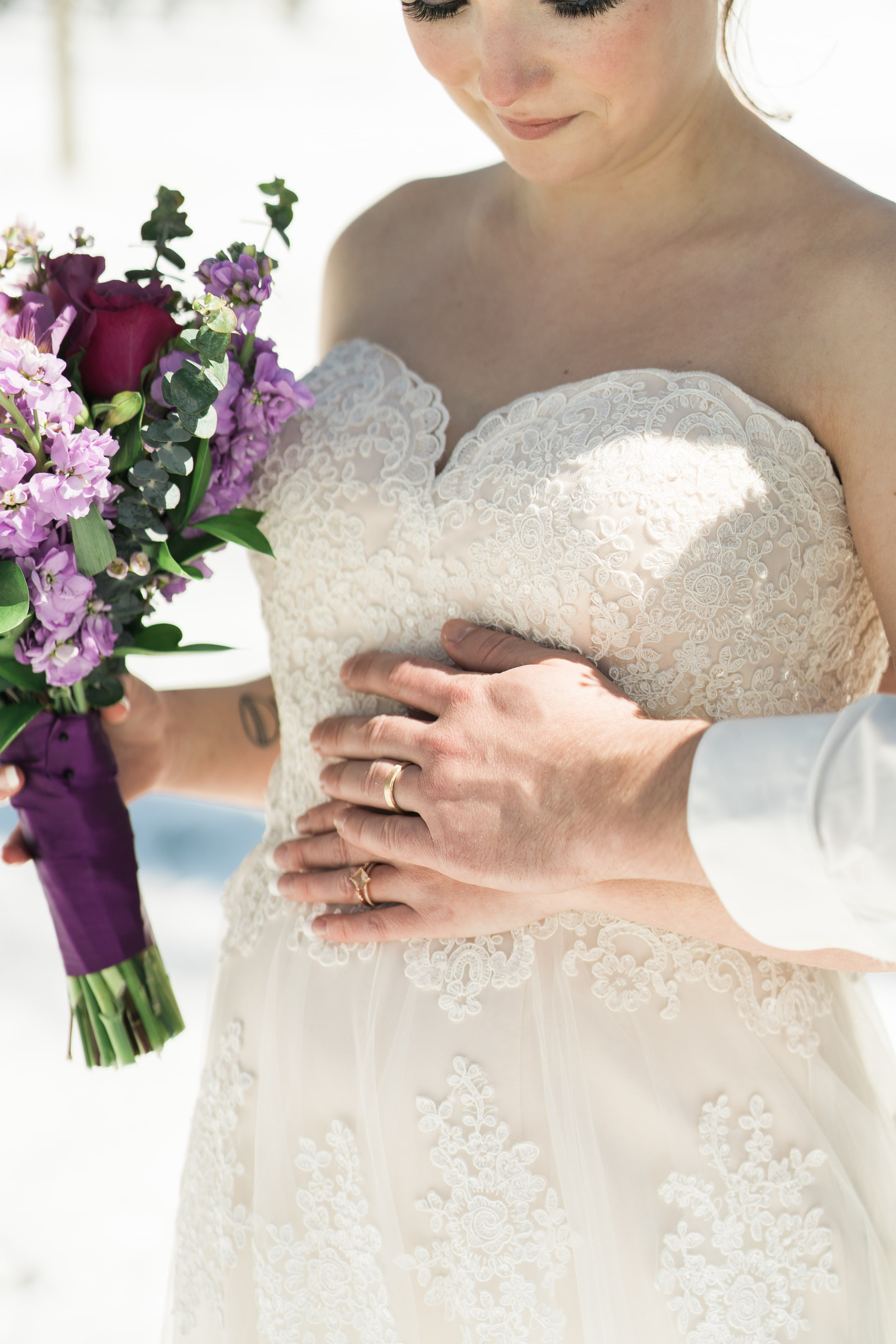 snowy-intimate-wedding-19.jpg