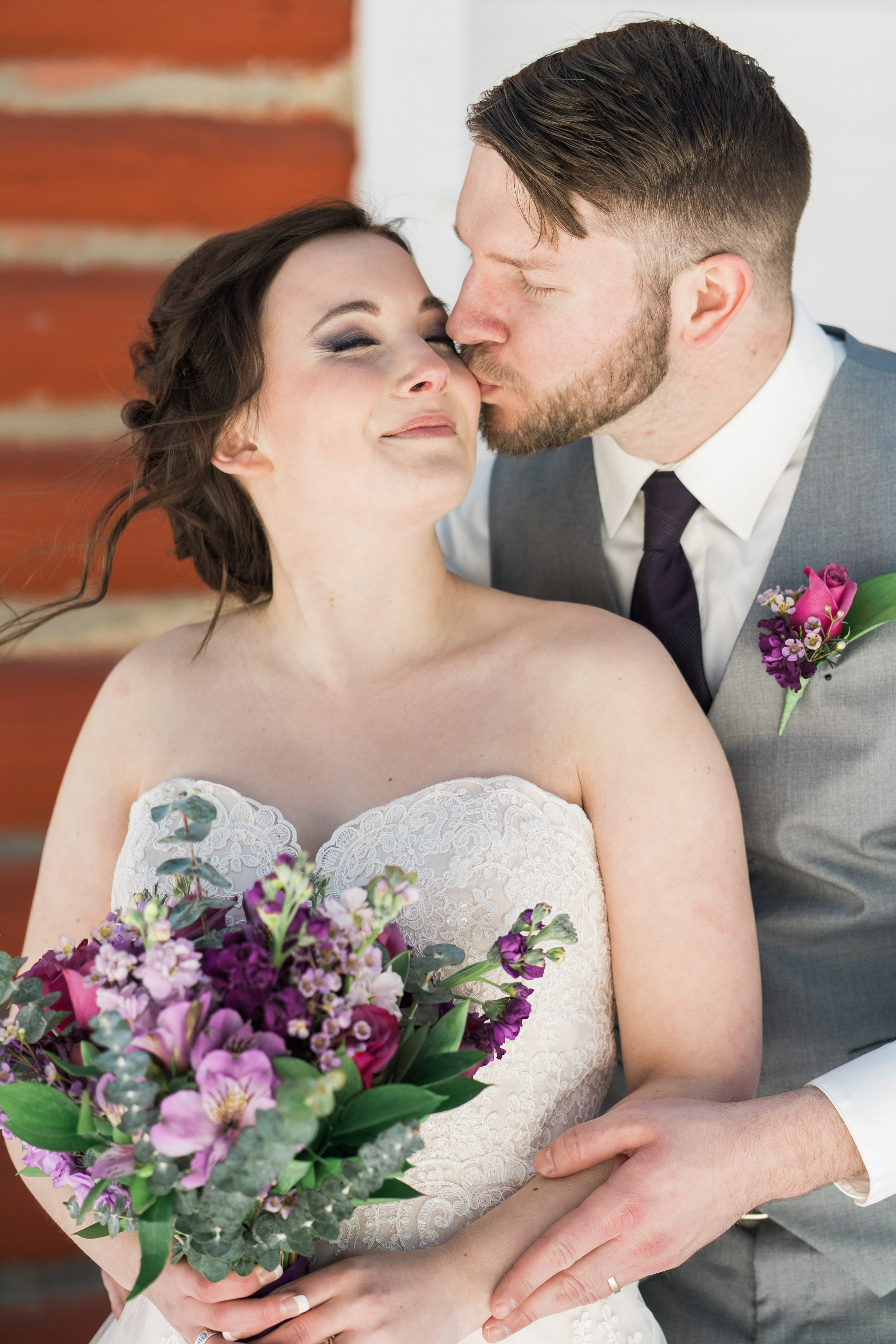 snowy-intimate-wedding-25.jpg