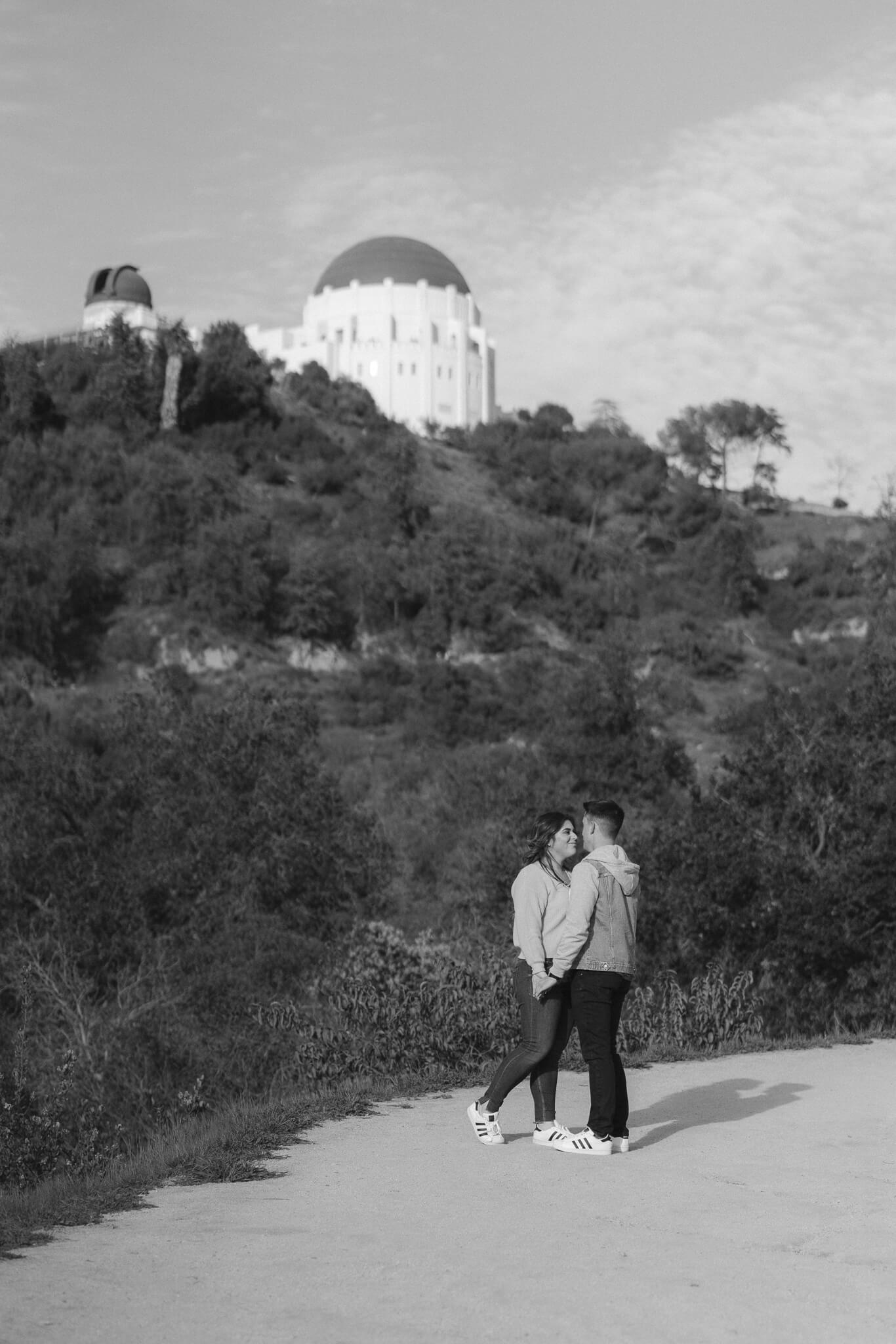 griffith-observatory-engagement-photos-6.jpg