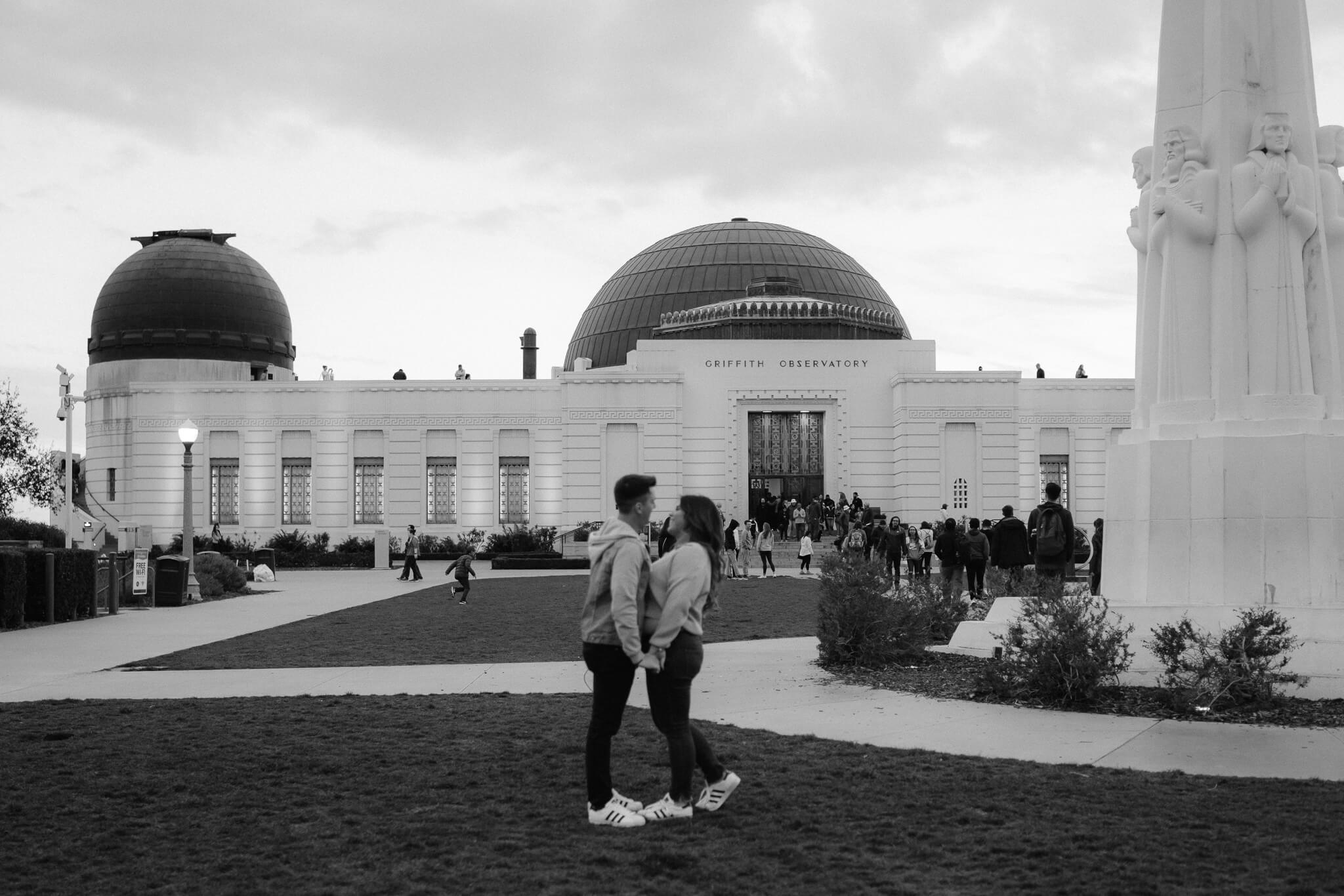 griffith-observatory-engagement-photos-16.jpg
