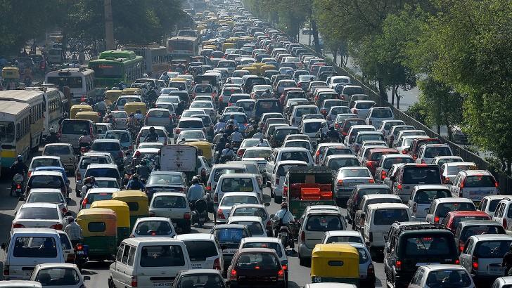 the-longest-traffic-jam-in-history-12-days-62-mile-long-47237-7.jpg