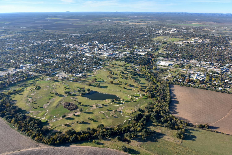 Uvalde Memorial Golf Course, Uvalde, Texas - Uvalde Aerial Photographer - Uvalde Aerial Drone Image - Aerial Drone Video - Uvalde, TX - South Texas