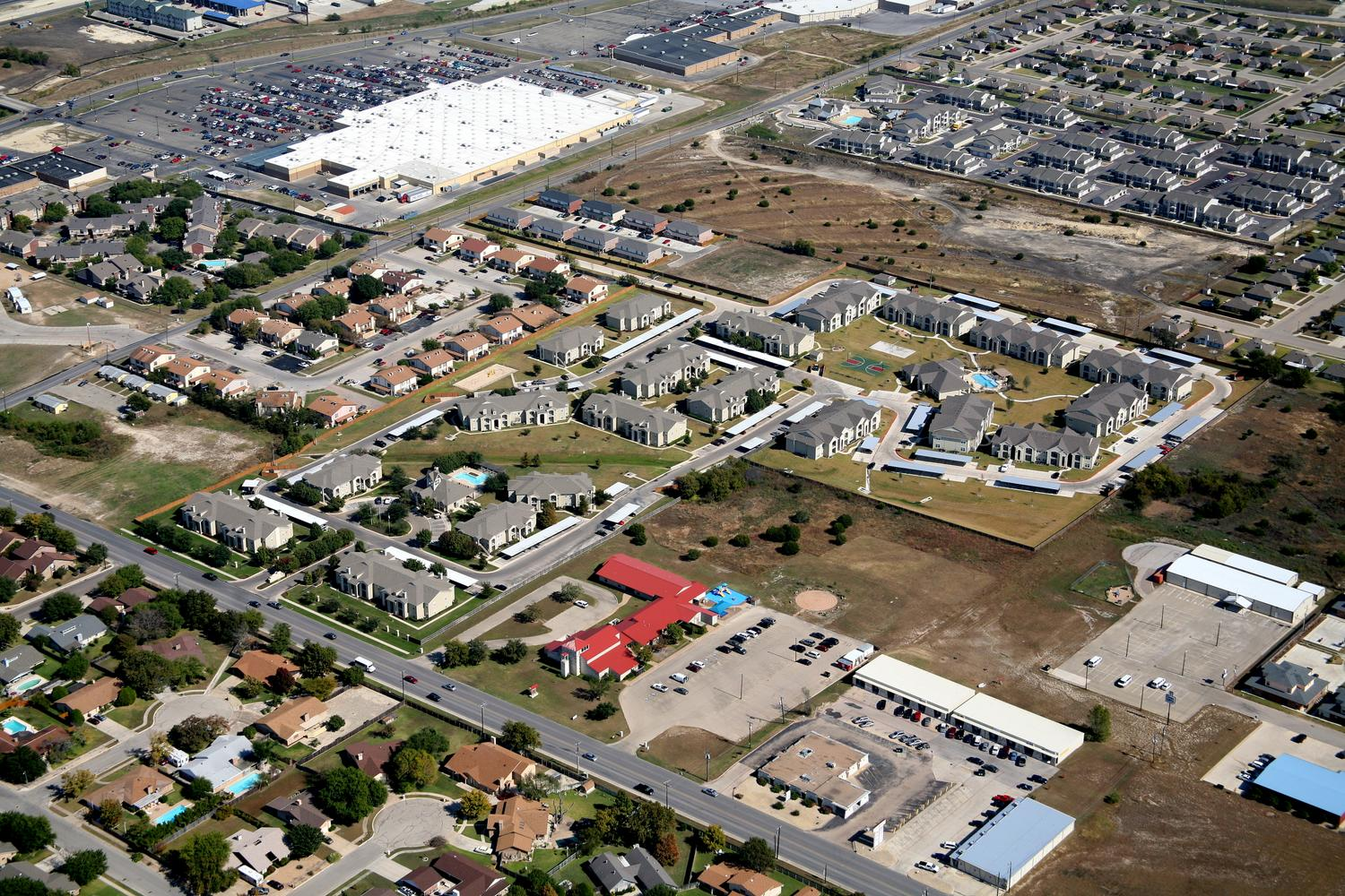 Multifamily Housing, Killeen, Texas - Fort Hood Aerial Photographer - Killeen Aerial Drone Image - Aerial Drone Video - Killeen, TX - Central Texas