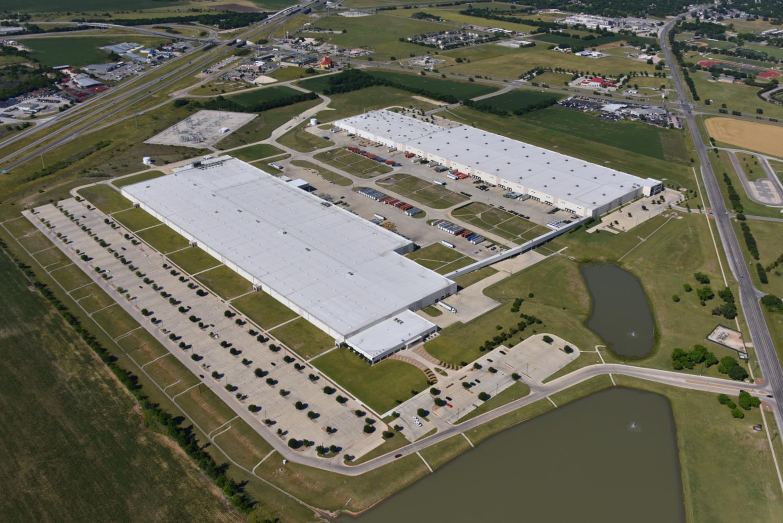 Caterpillar Manufacturing Plant, Seguin, Texas - Seguin Aerial Photographer - Aerial Drone Image - Aerial Drone Video - Seguin, TX - Guadalupe County, Texas