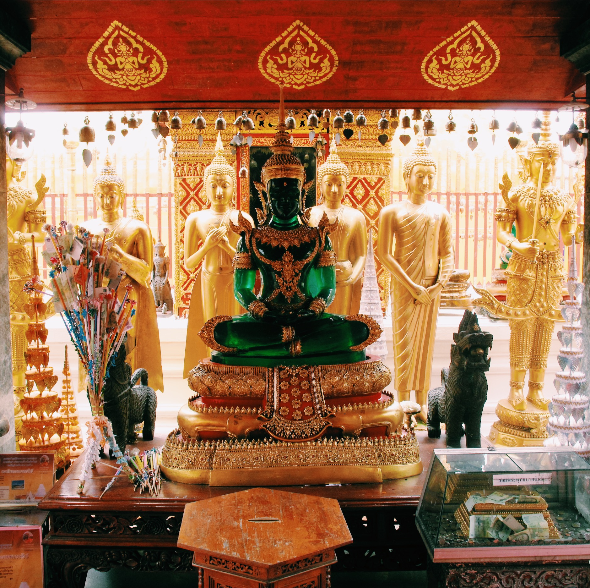 BUDDHA AT WAT PHRA DOI SUTHEP