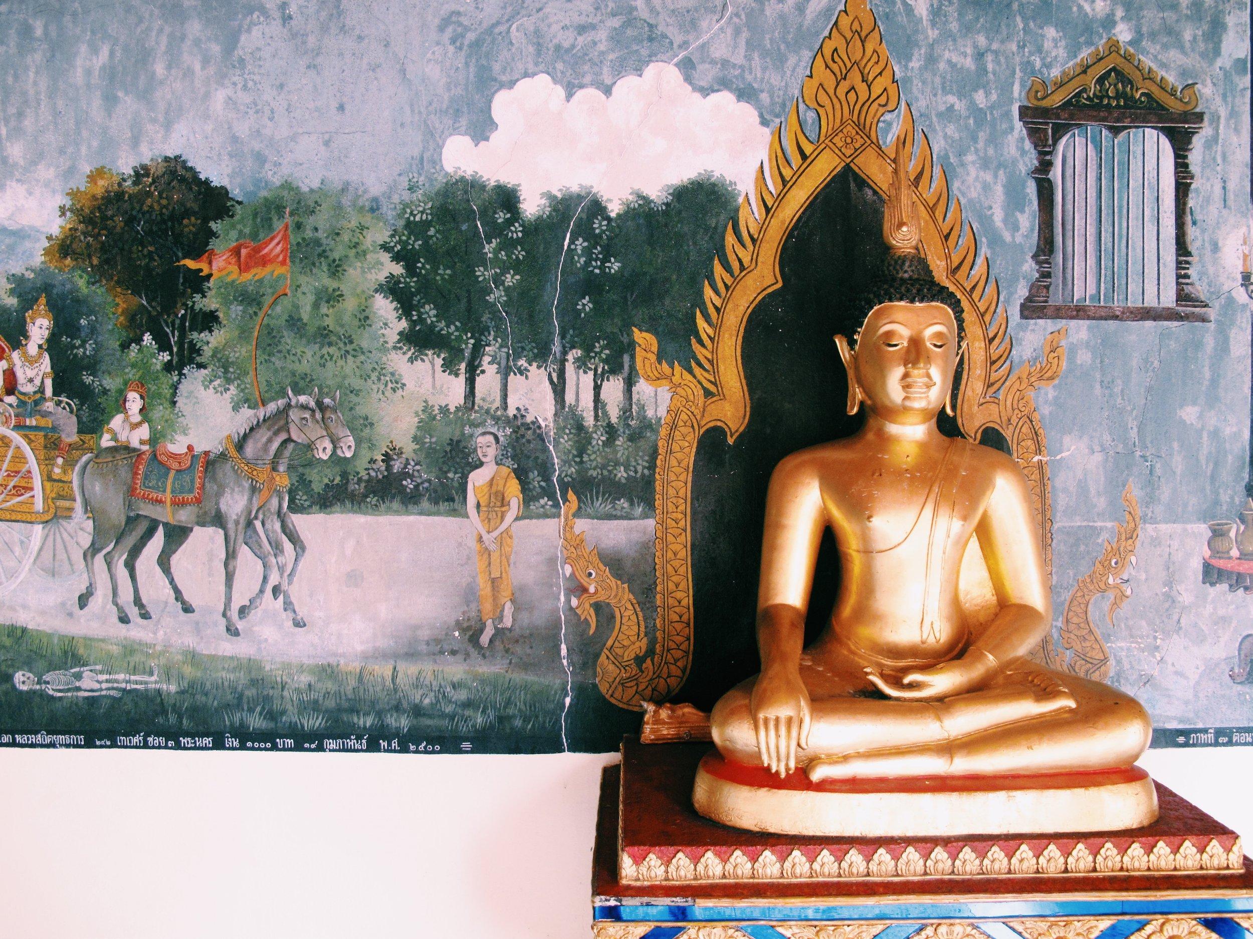 BUDDHA AND MURAL WAT DOI SUTHEP