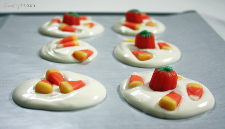 Halloween White Chocolate & Pumpkin Candy Treats