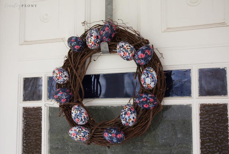 DIY Floral Easter Eggs Wreath