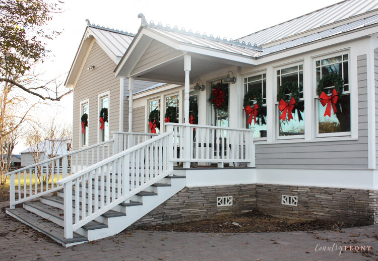 Merry Christmas, and a very happy New Year Farmhouse Tour