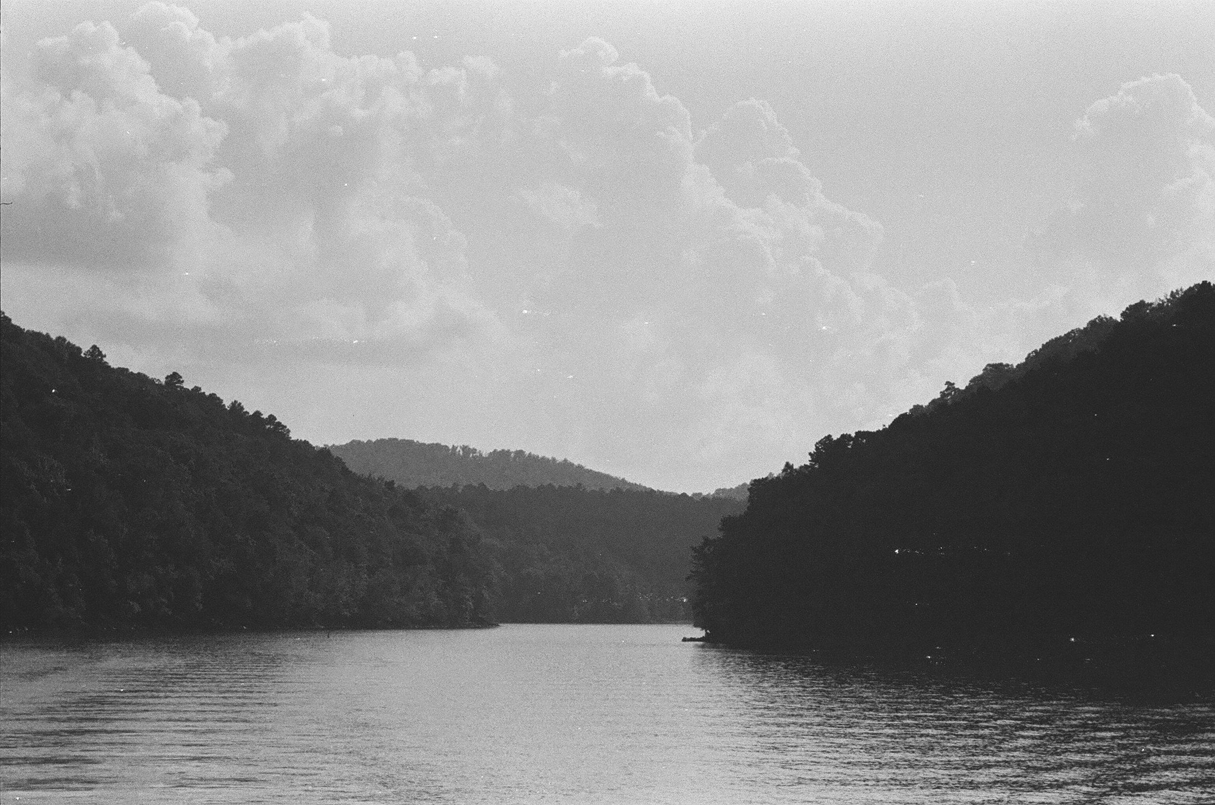 Lake_landscape.jpg