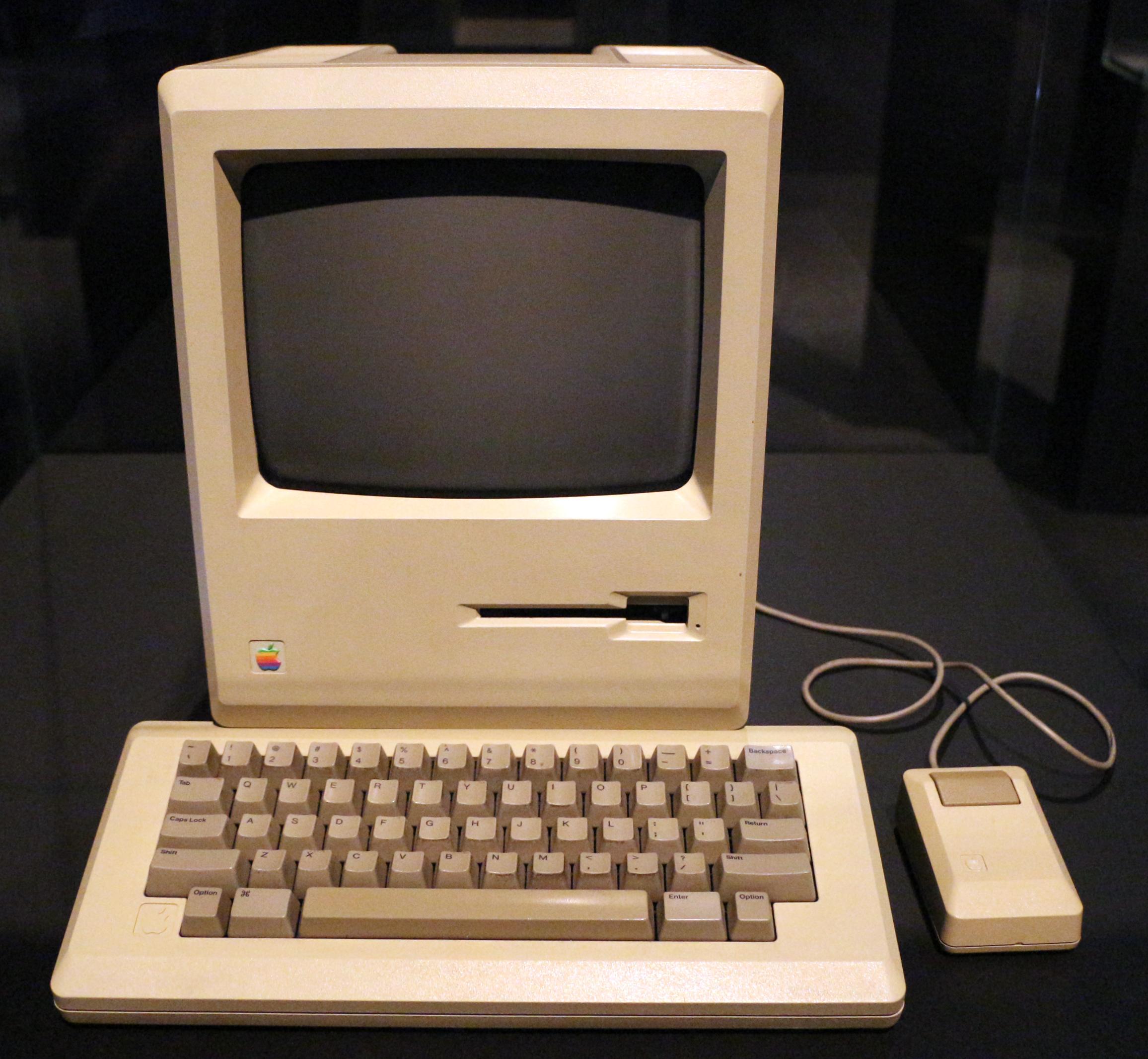 Computer_macintosh_128k,_1984_(alla_about_apple_onlus).jpg