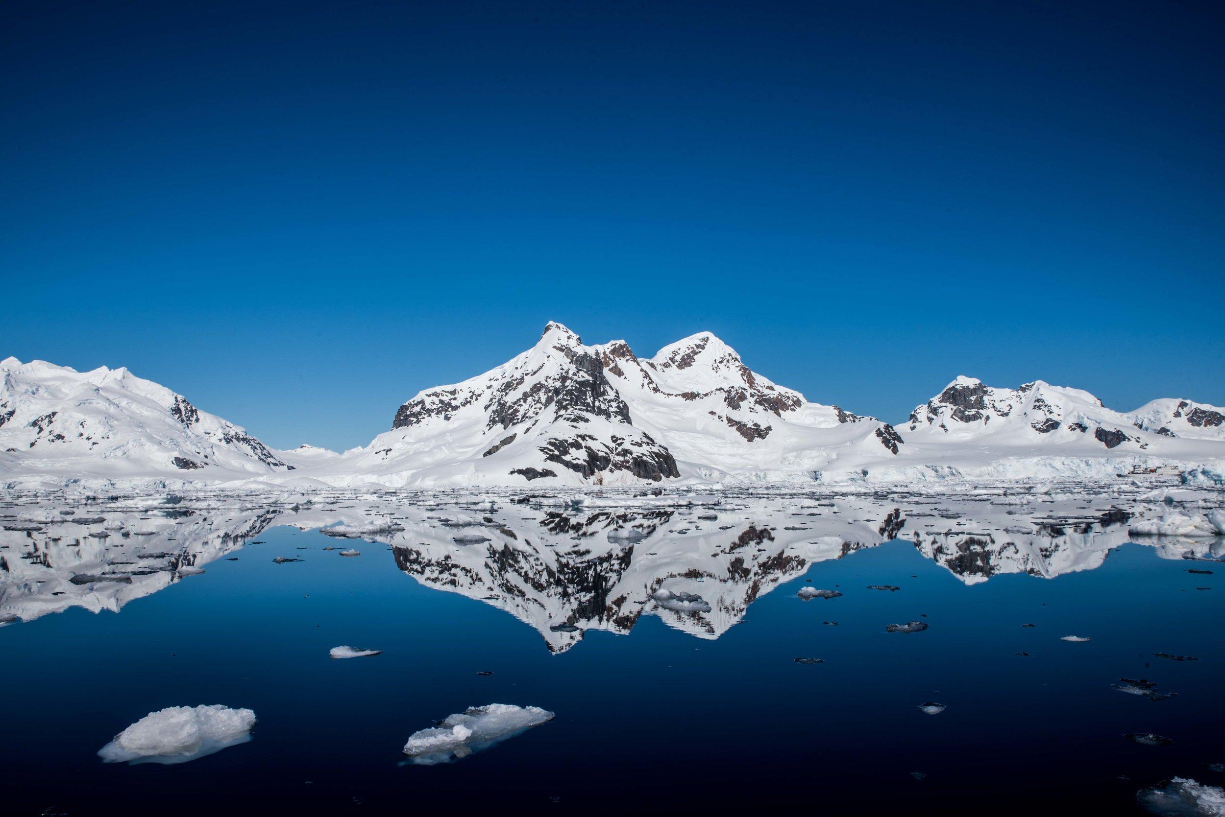 Loveandadventurephotography-Antarctica-713 2.jpg