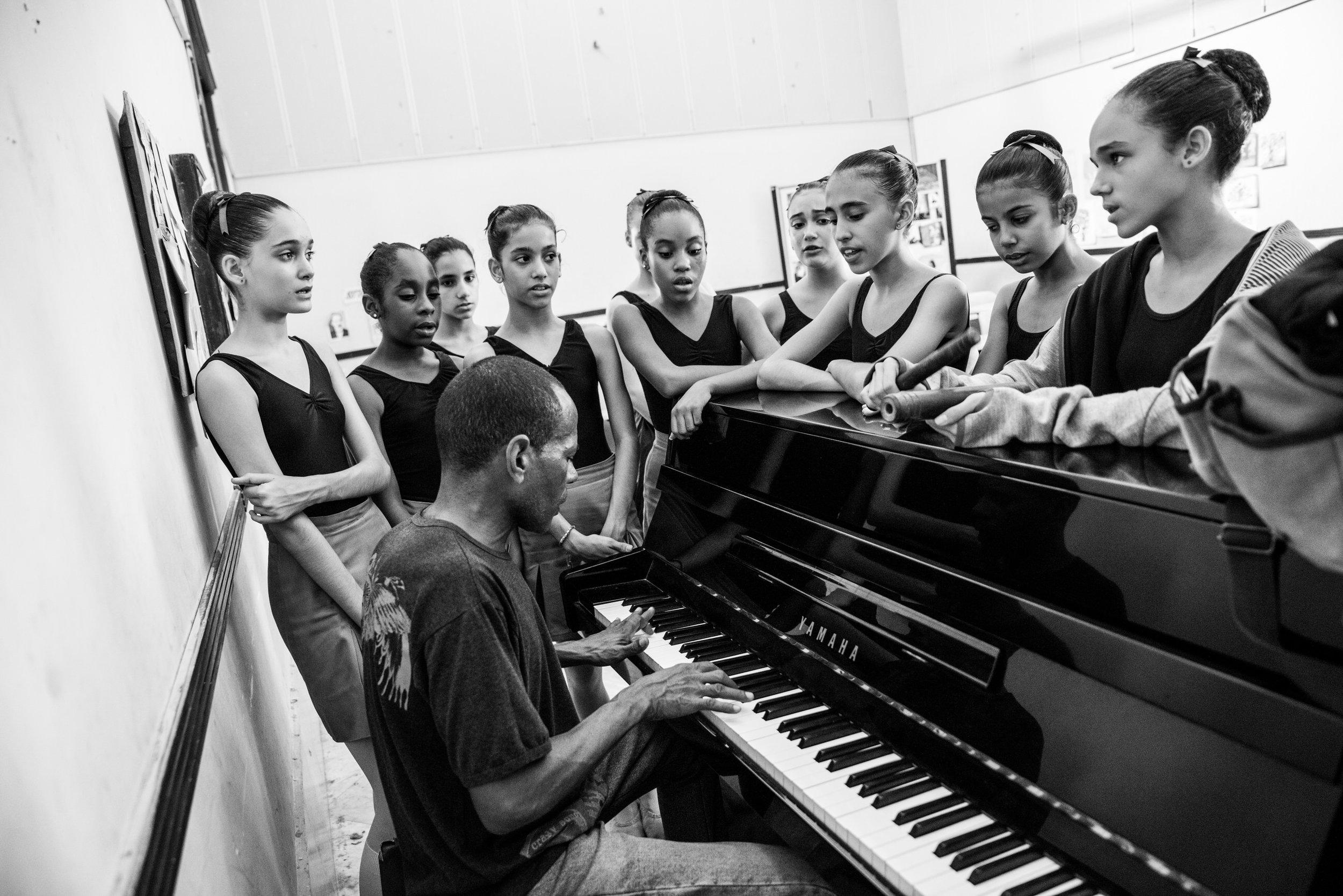 KathleenHertelPhotography-CubaDanceSchool-7.jpg