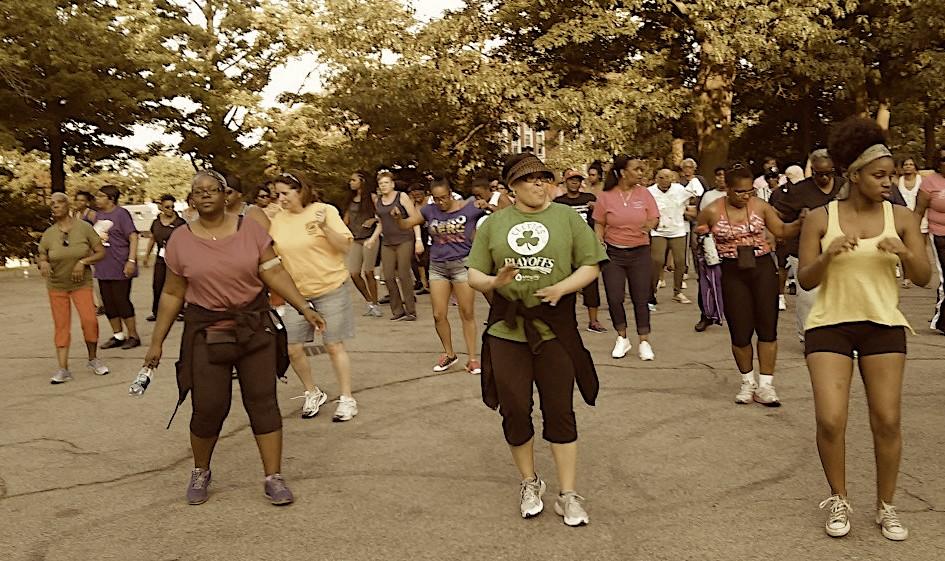 Line-dance-crowd-1170x658.jpg